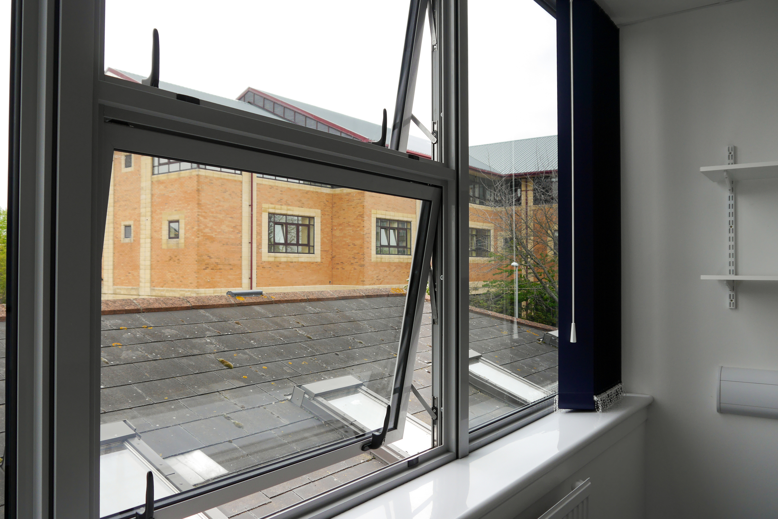 Aluminium Windows - Healthcare office refurbishment in Portsmouth