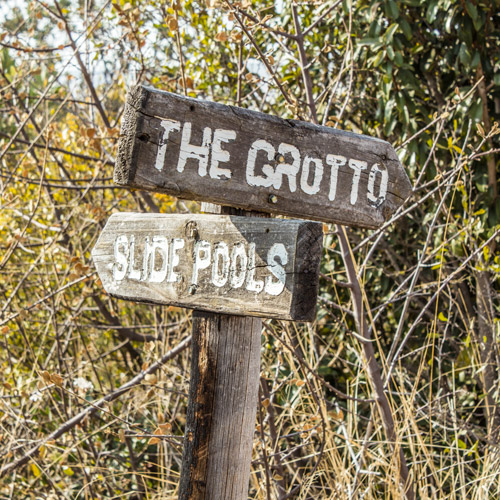 Signage near the Reservoir – Left to the Slide Pools and right towards the Grotto