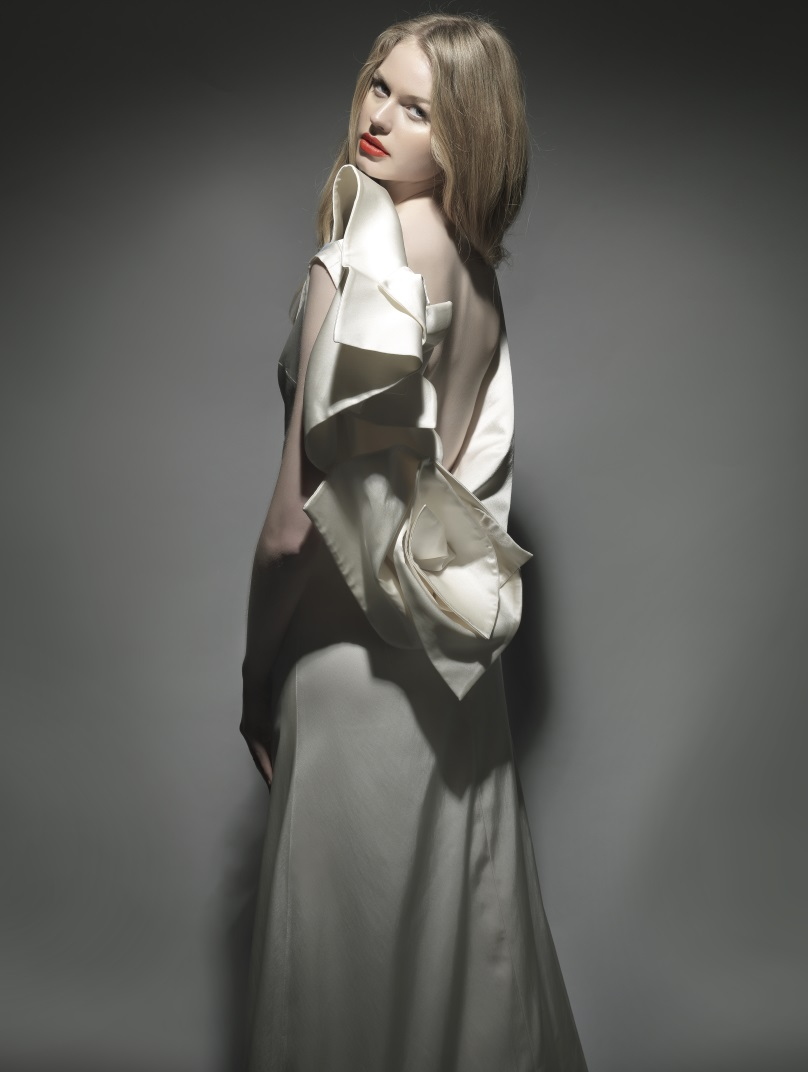 Photo Credits Bridal: Nikos Reskos / Stylist: Sasha Charara / Make Up: Eirini Makiou / Hair: Yianni Hair Spa