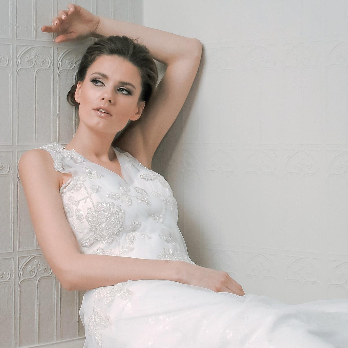 ALKMINI - Μοναδικά Νυφικά & Φορέματα