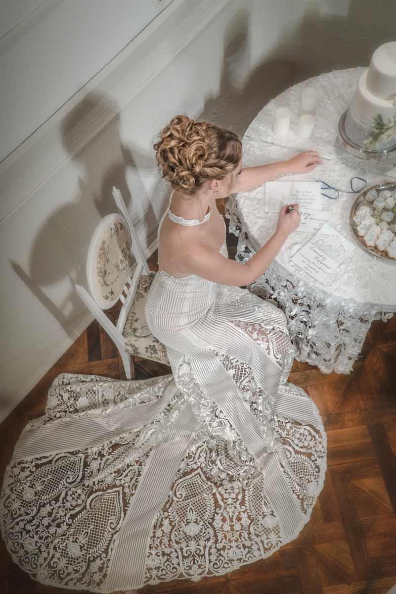 Bridal Dress: ALKMINI