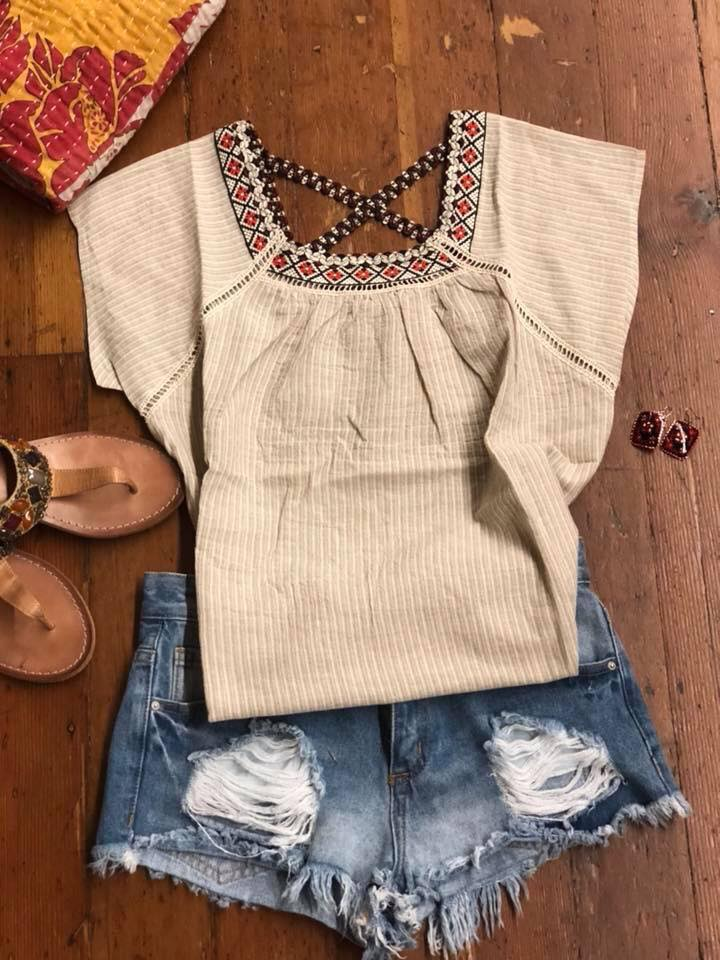 clothes short top outfit.jpg
