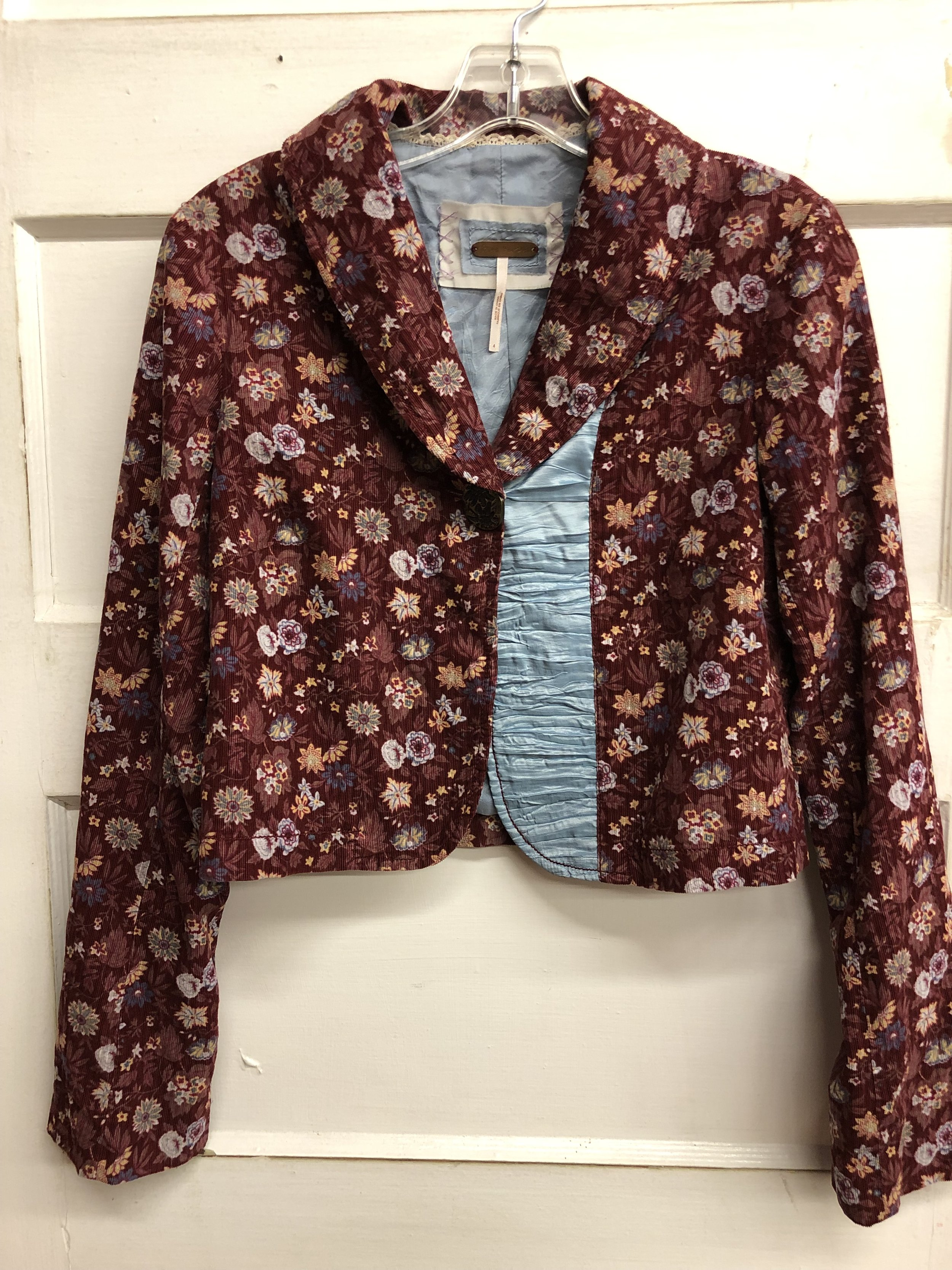 Free People Velveteen Jacket -XS-$38.99