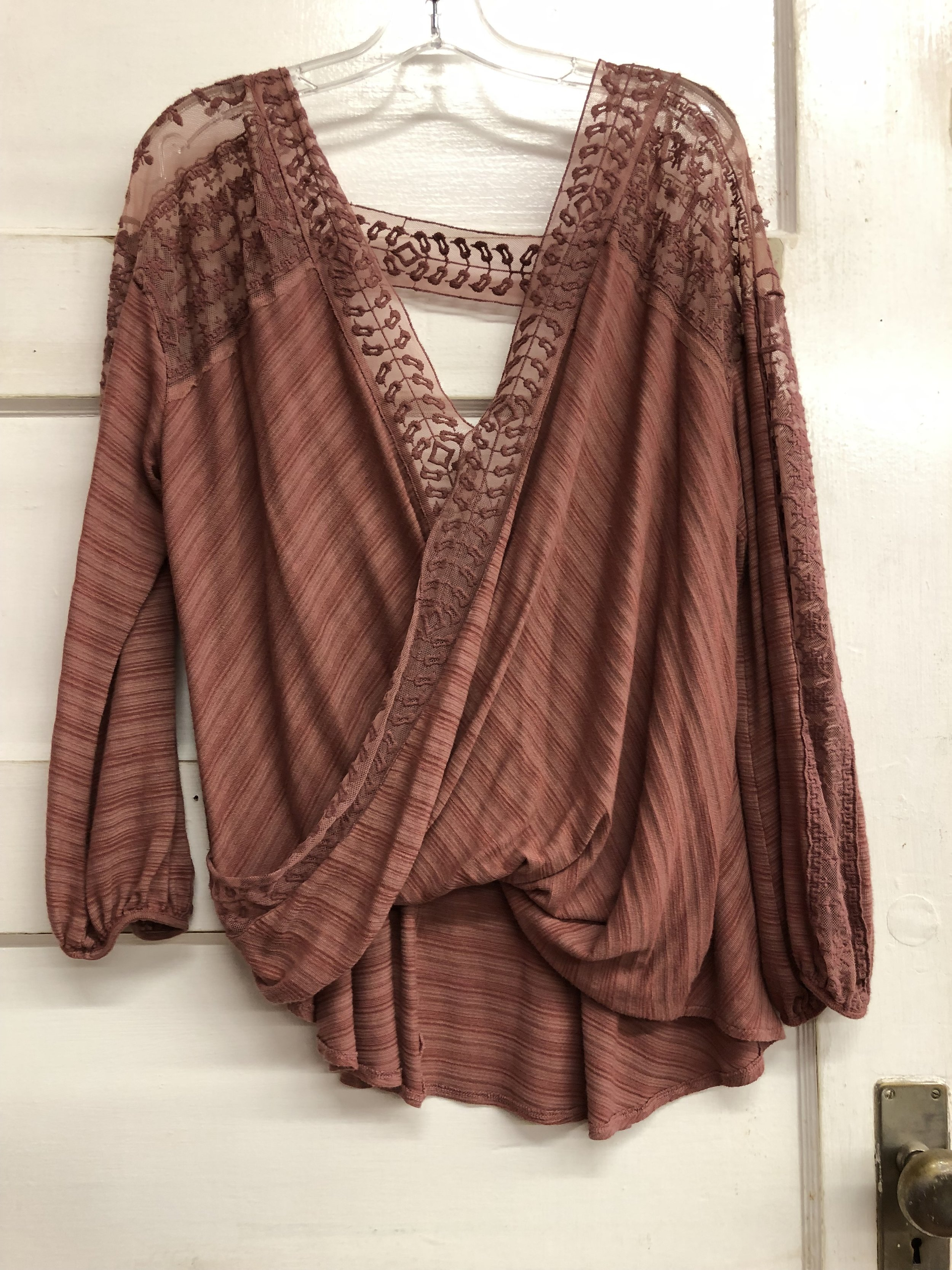 Free people Draped Front - L - $24.99