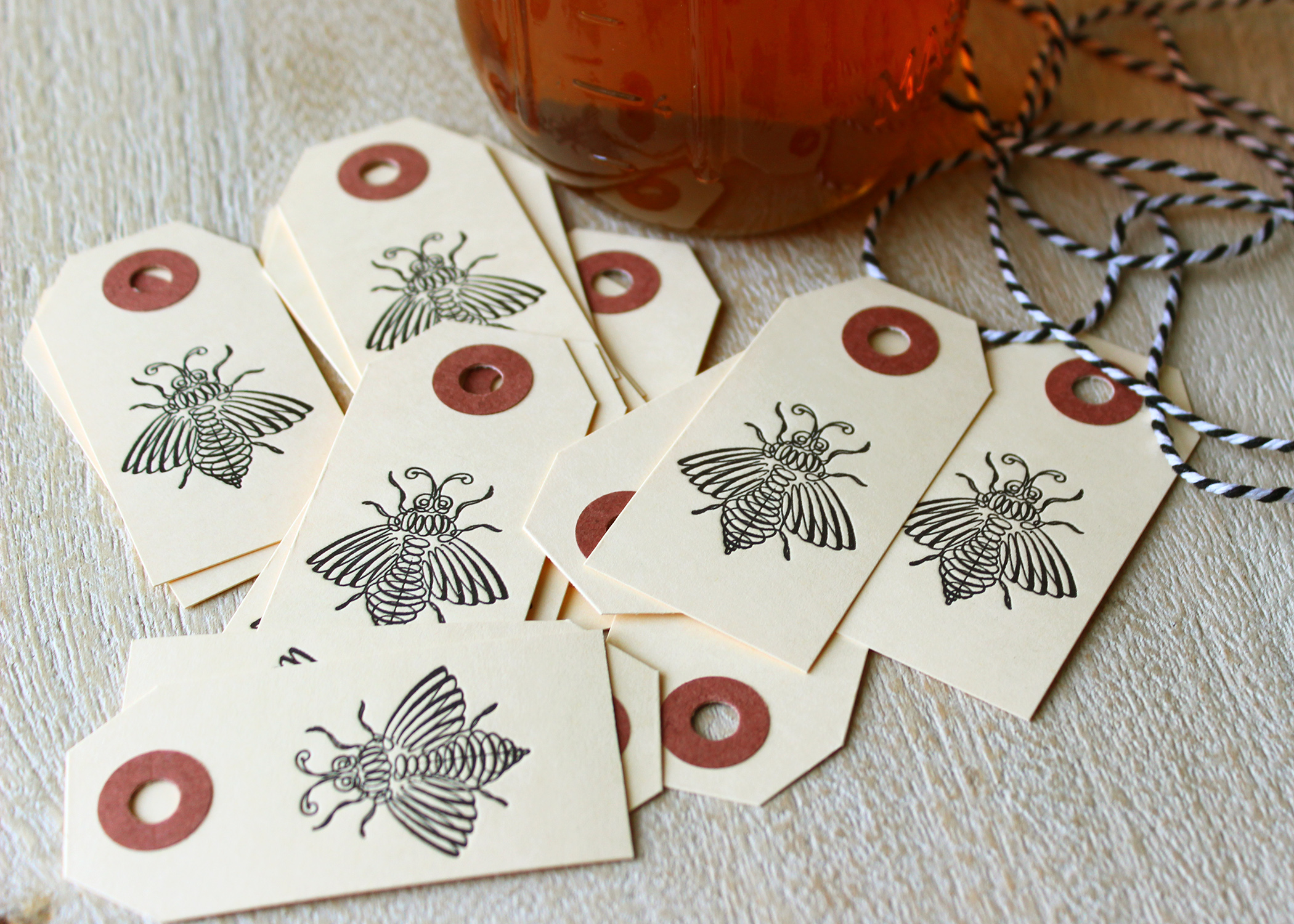 letterpress-bee-honey-tags
