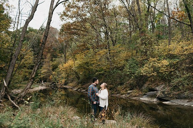 Favorite time of year in the Poconos! More in my IG stories from this fall engagement session with Chelsea +Jon 🍂