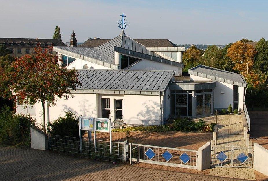 Neuapostolische_Kirche_außen.jpg