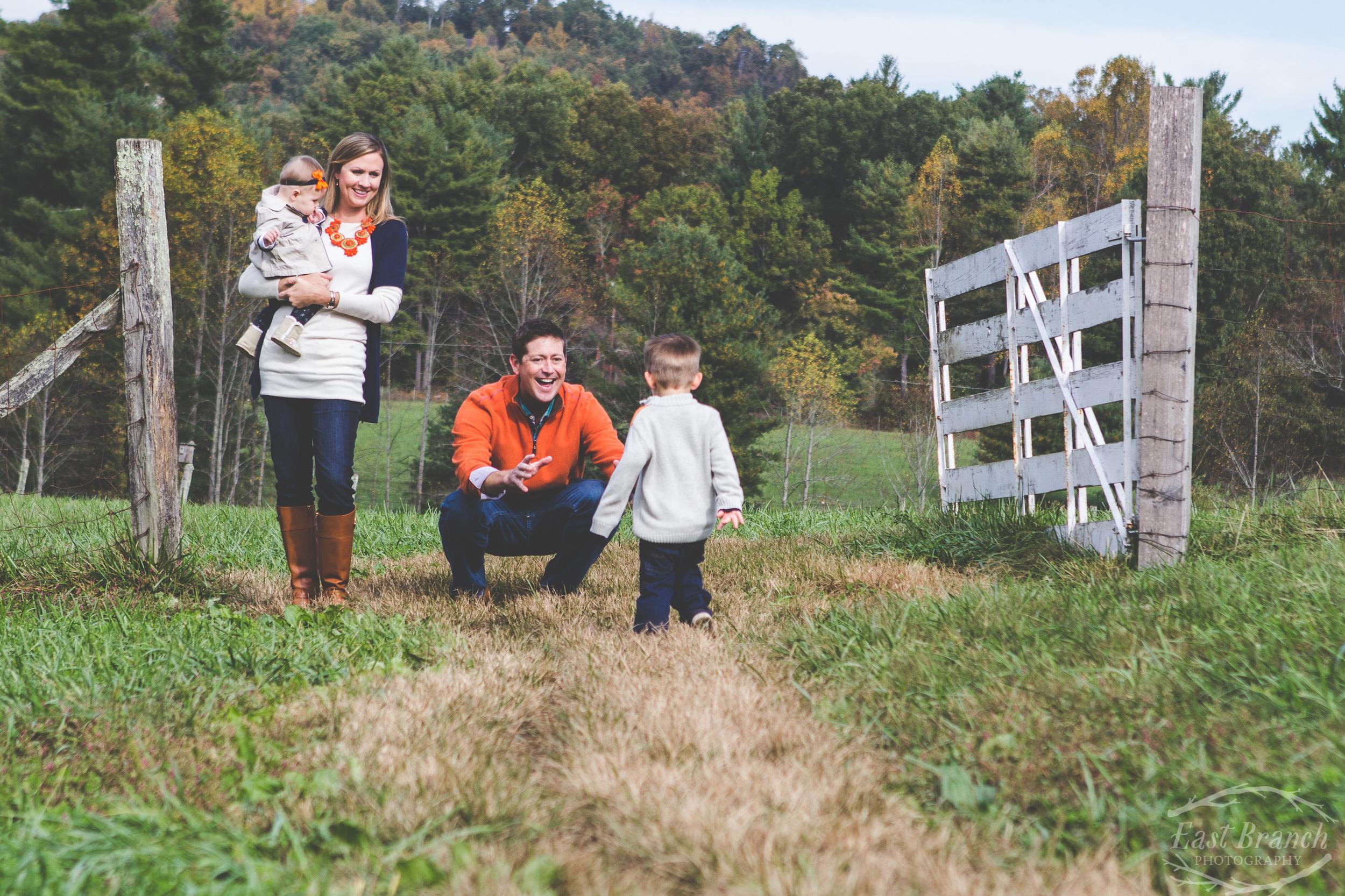 family-in-pasture-autmn