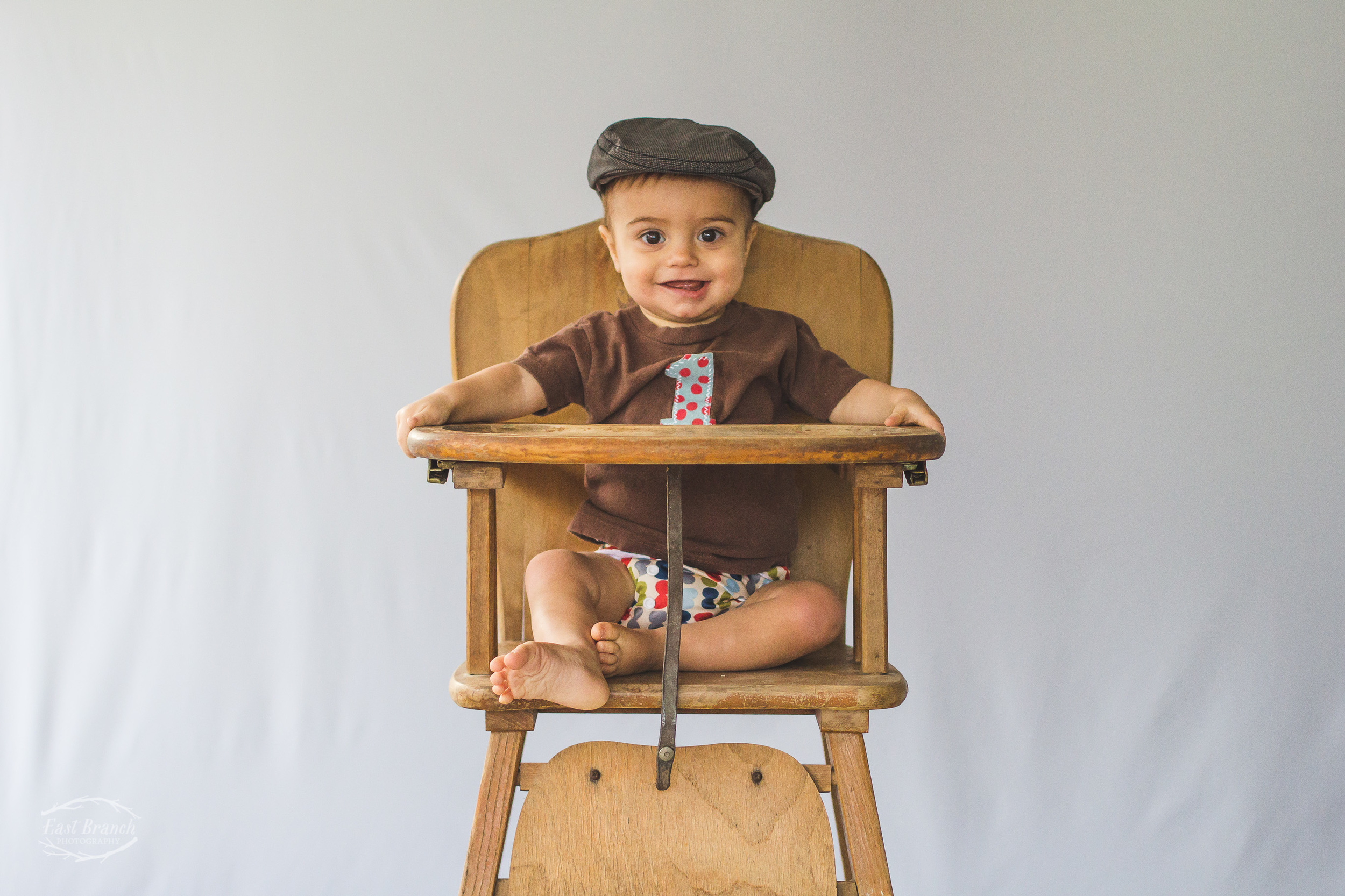 The shirt, the hat, the cloth diaper! Such a great ensemble!