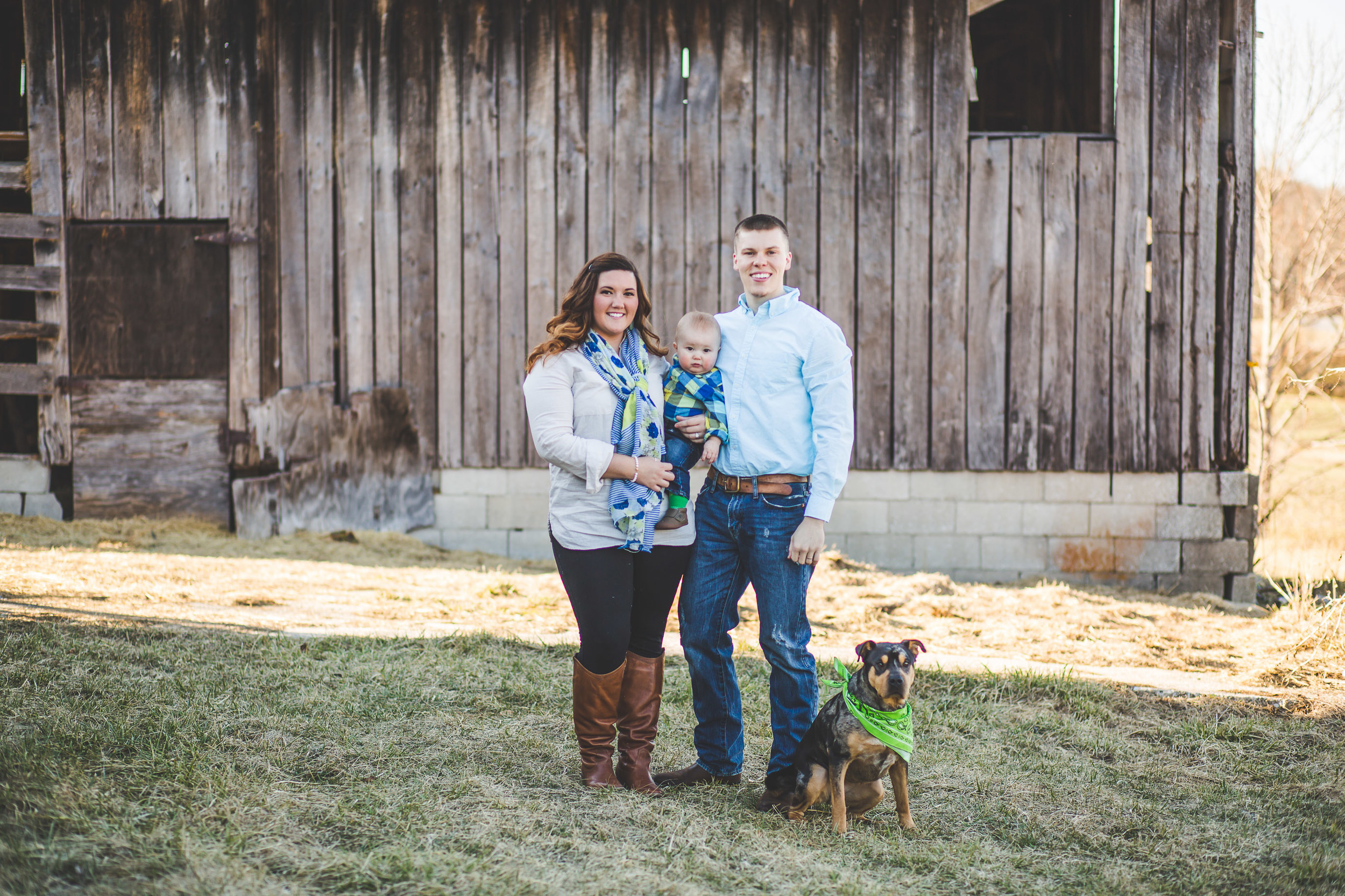 family-dog-barn-hendersonville