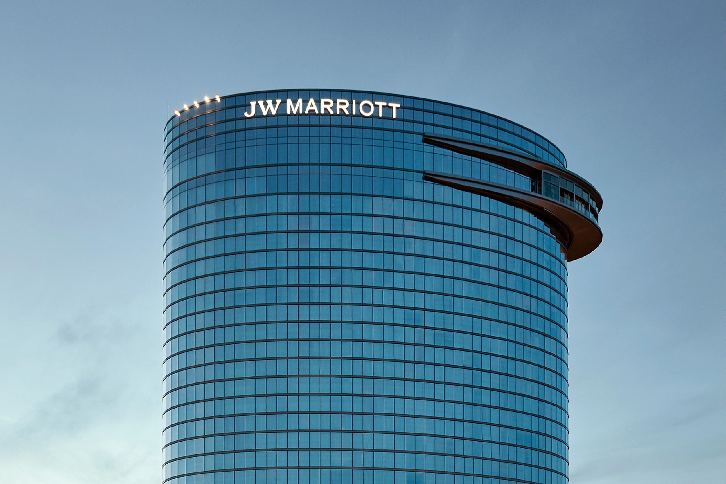 JW Marriott Nashville []