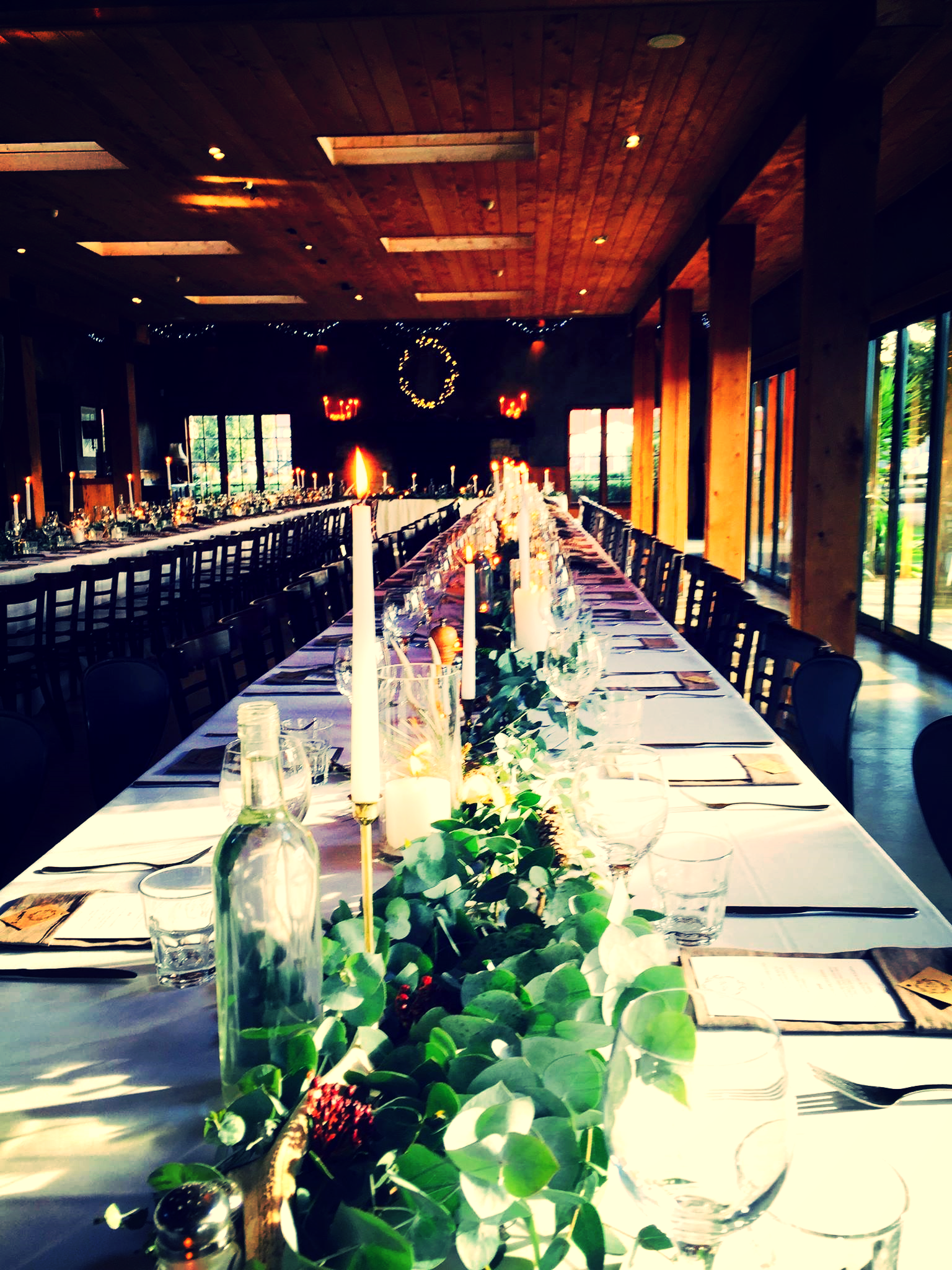 Absolutely beautiful wedding lay out at The Stables Restaurant, Matakana.