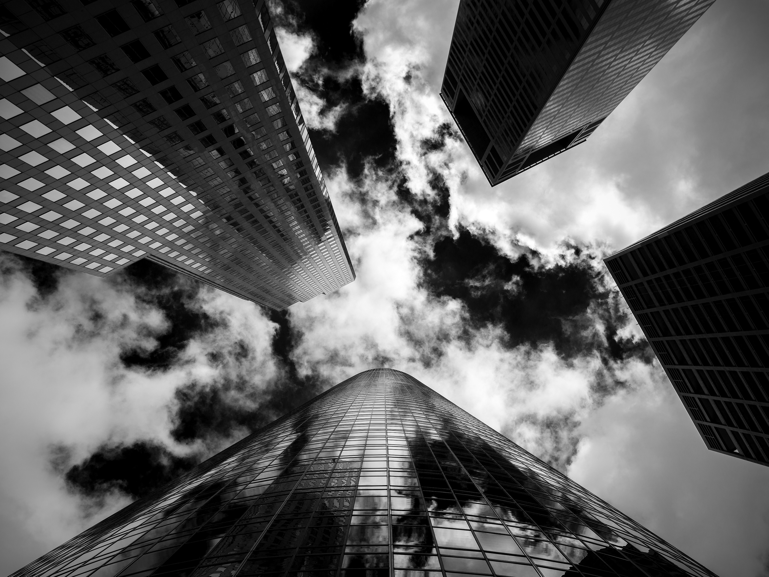 cityscapes5bw4x3small.jpg