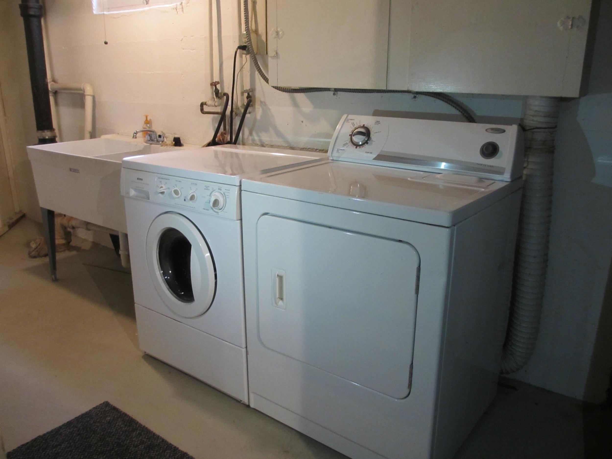 18-Laundry.JPG