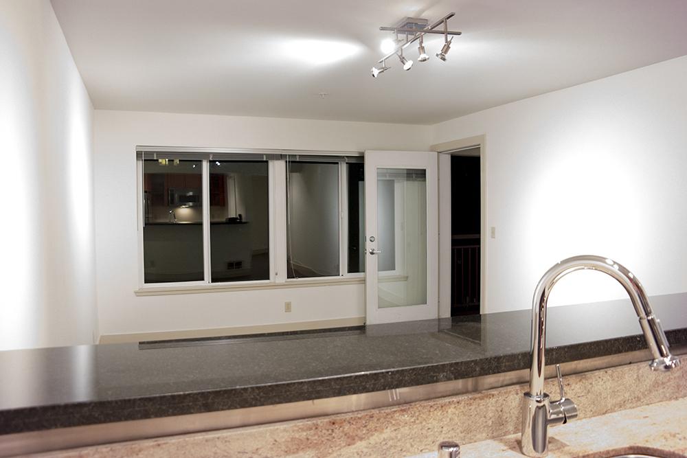 09-505_Livingroom2.jpg
