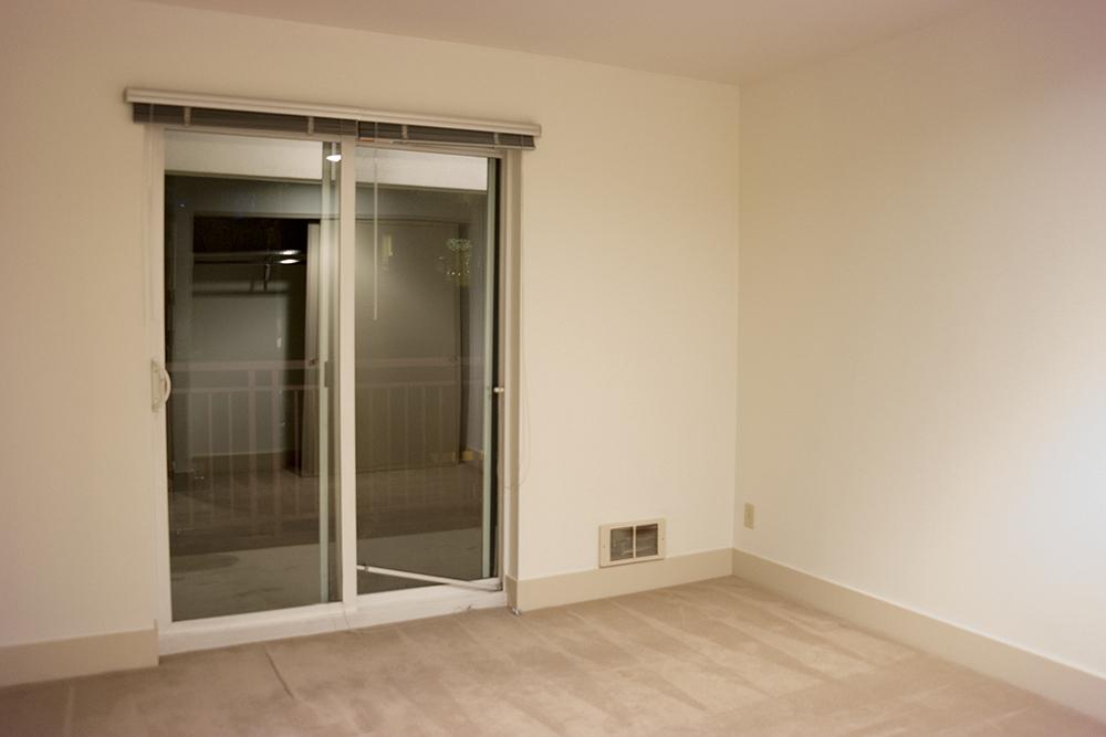 13-505_Bedroom1.jpg