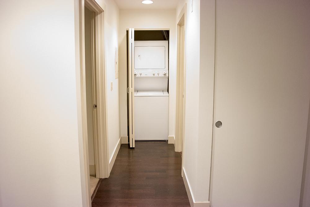12-505_Hallway.jpg
