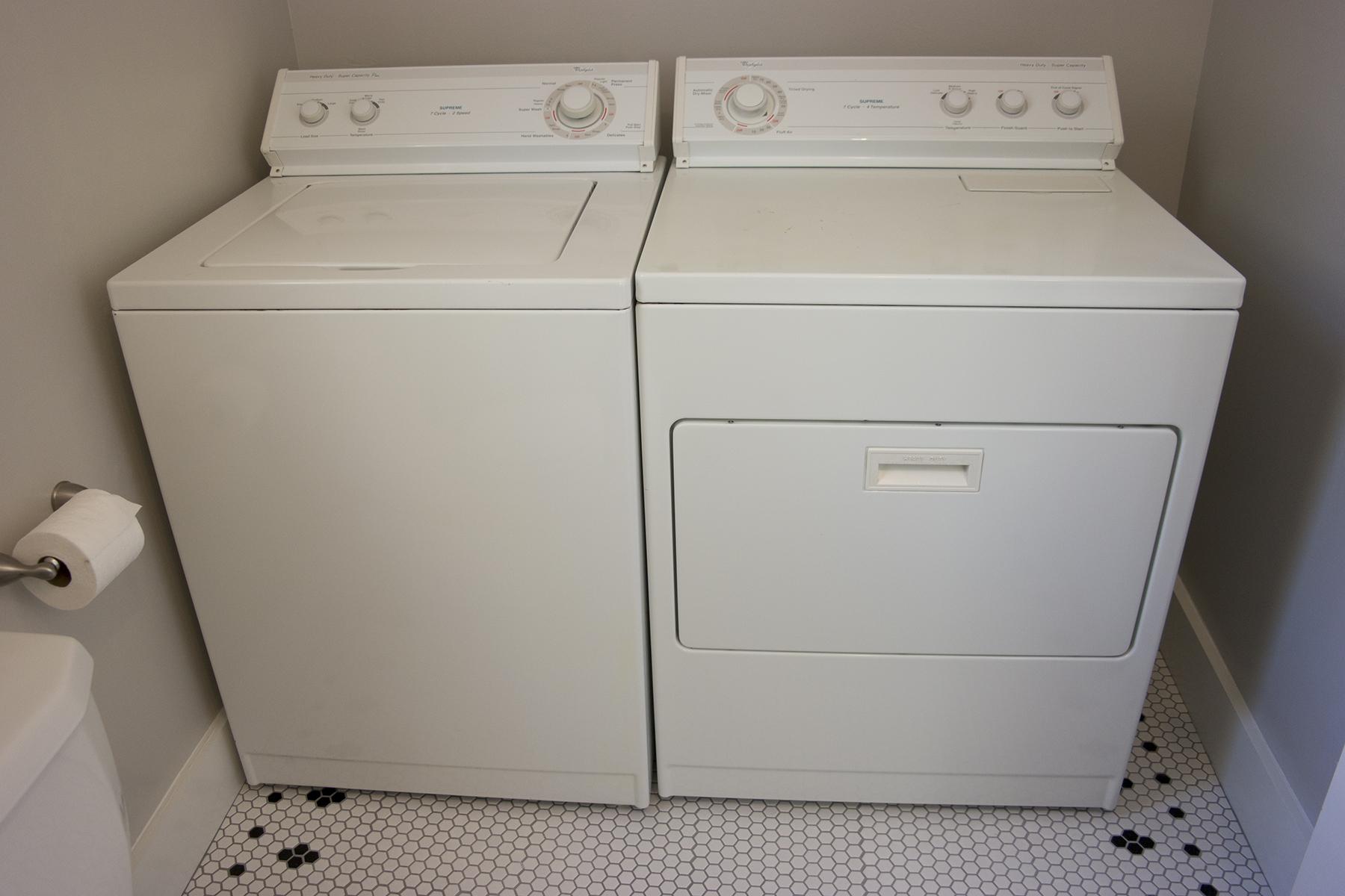 36-Washer.Dryer.jpg