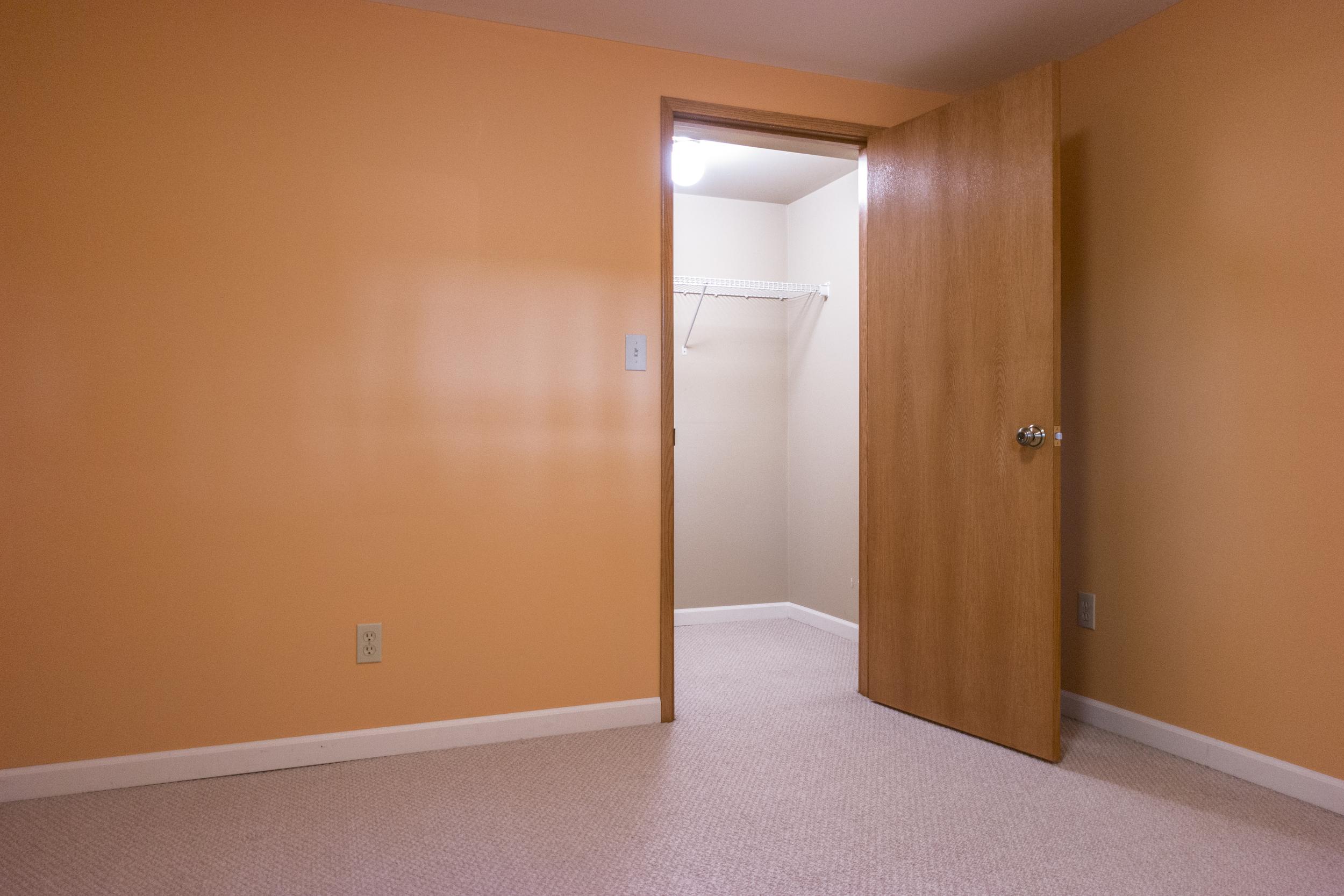 15 Bedroom3 01.jpg
