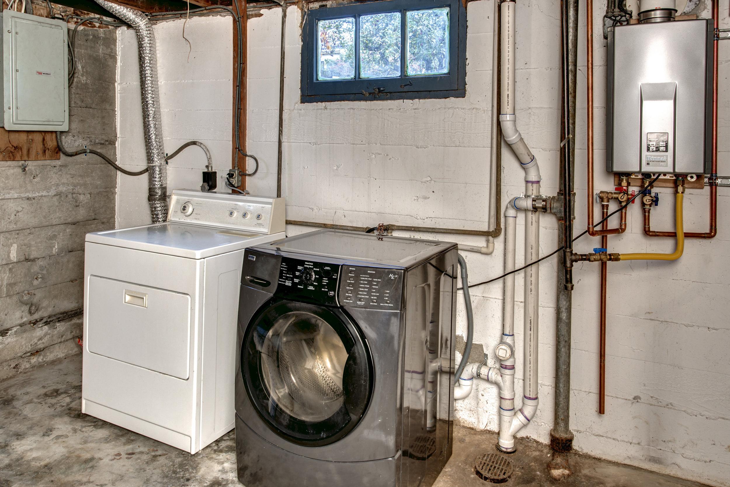 17- Laundry01.jpg