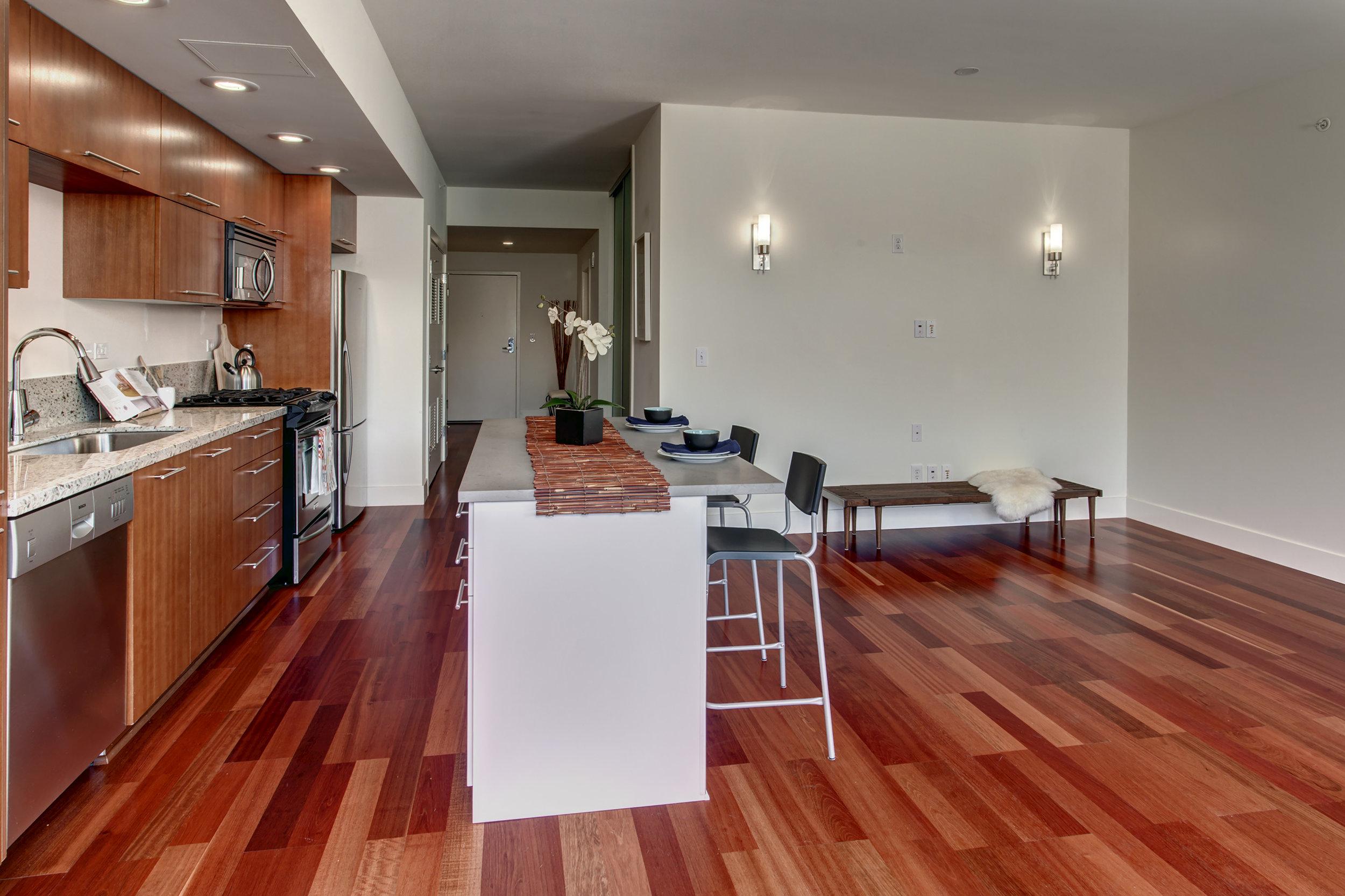 9a-Kitchen05.jpg