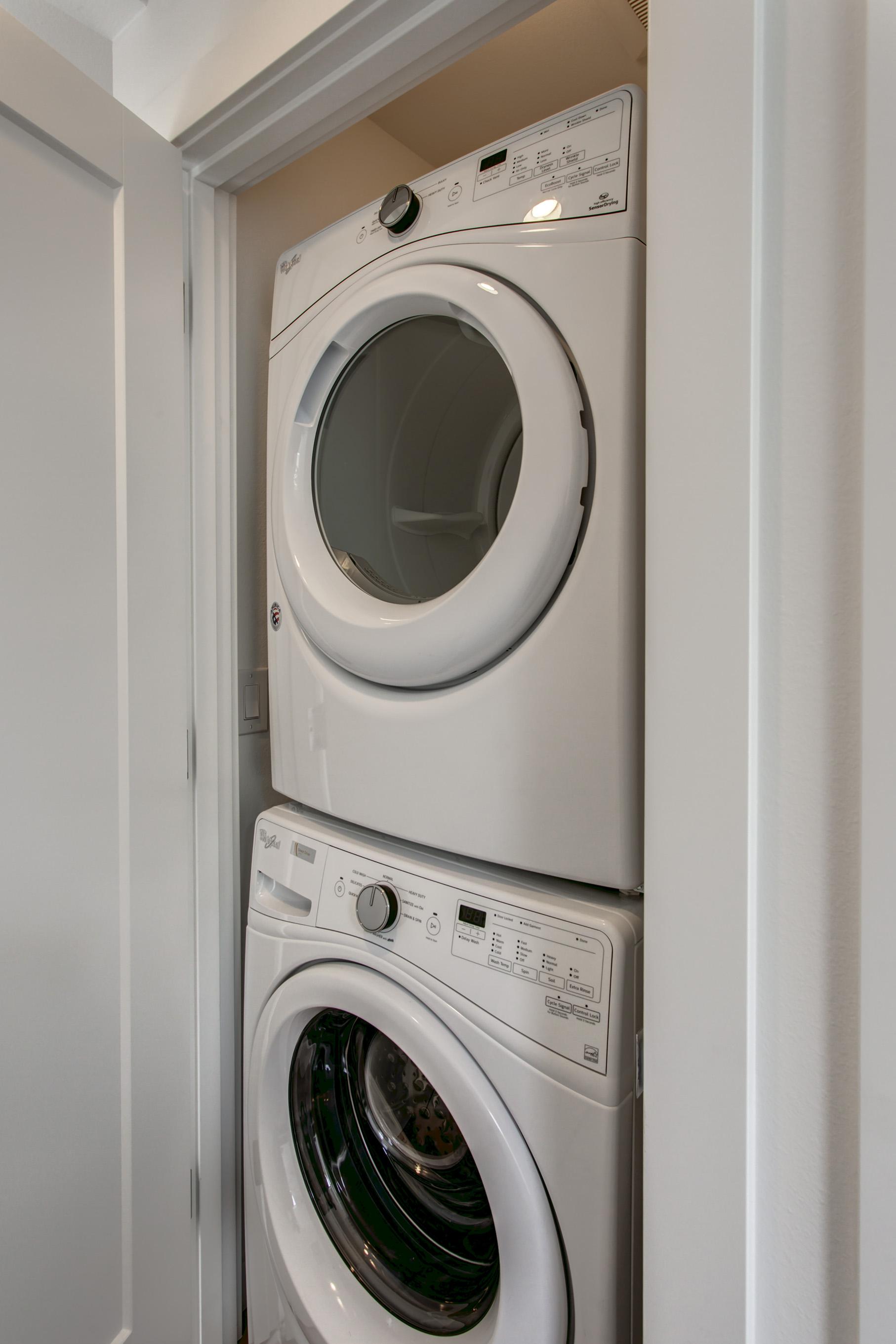 17a-Laundry01.jpg