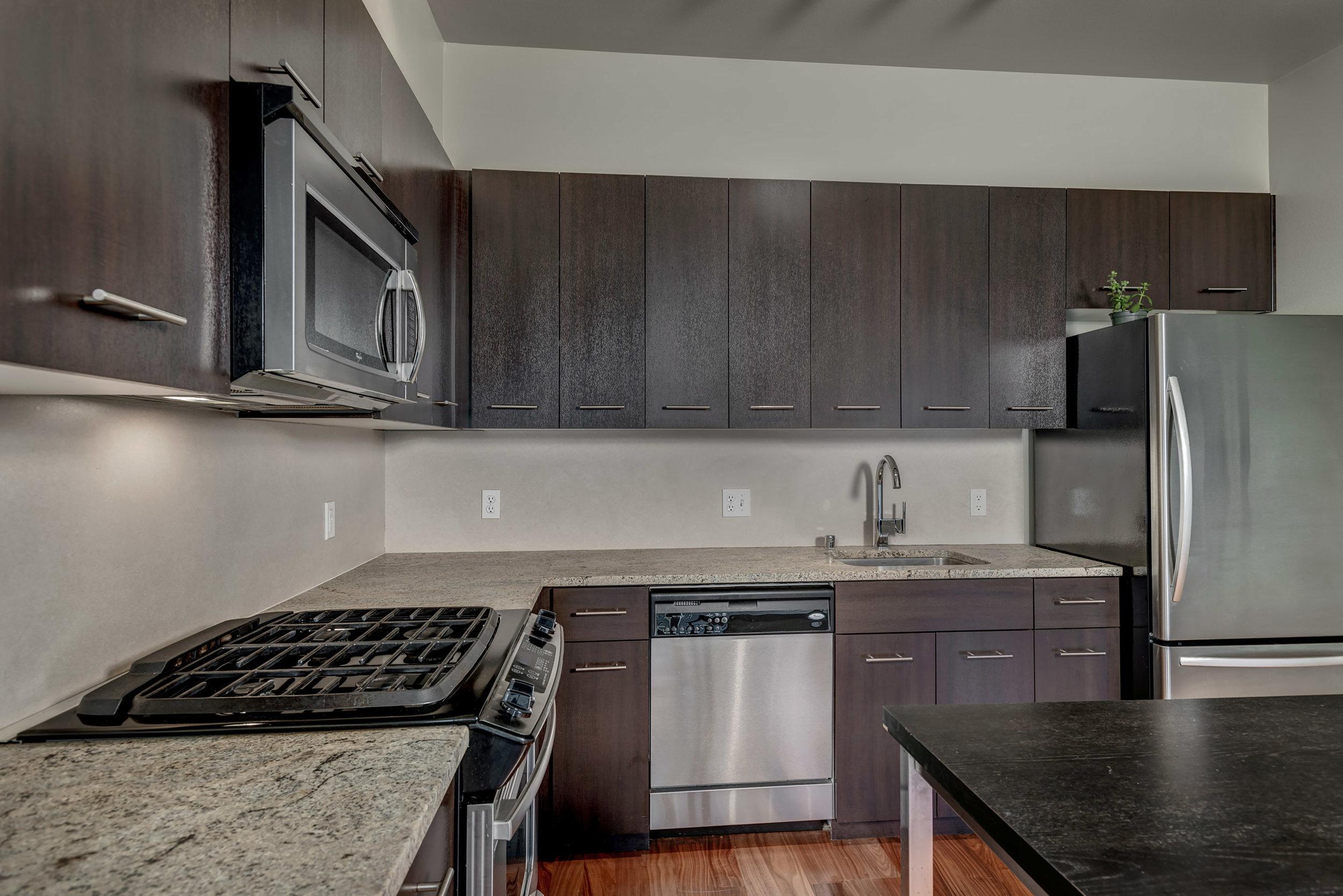 10-Kitchen06.jpg