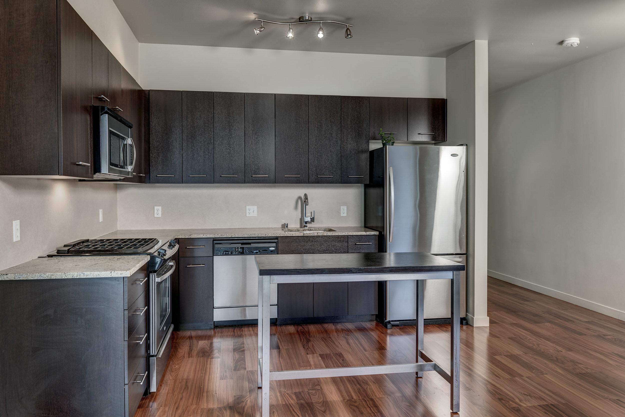 11-Kitchen05.jpg