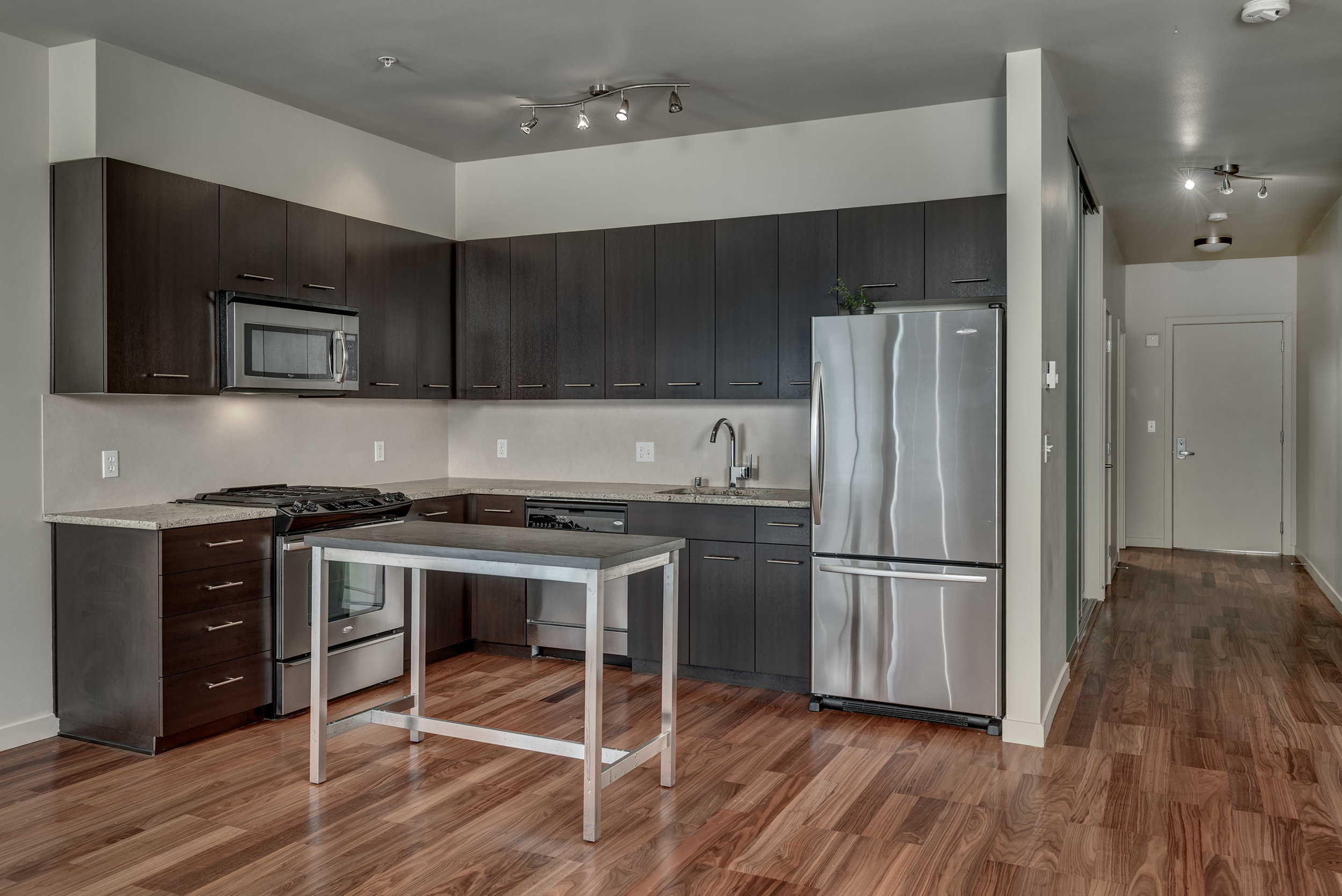 12-Kitchen04.jpg