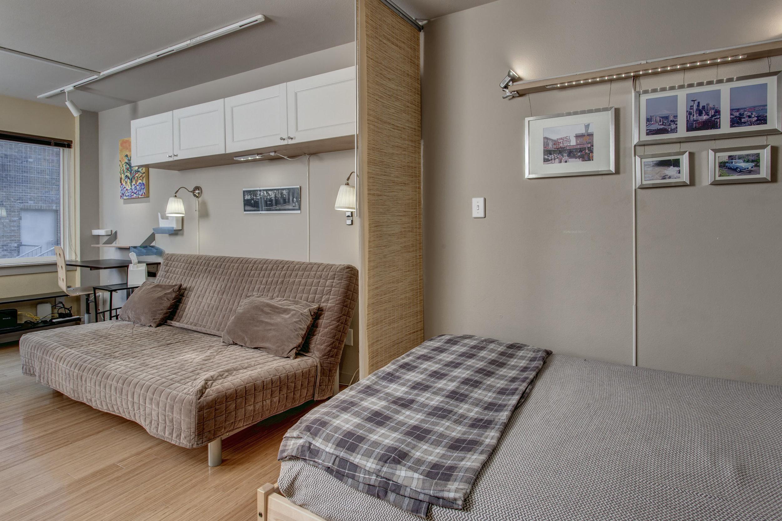 15-Bedroom04.jpg