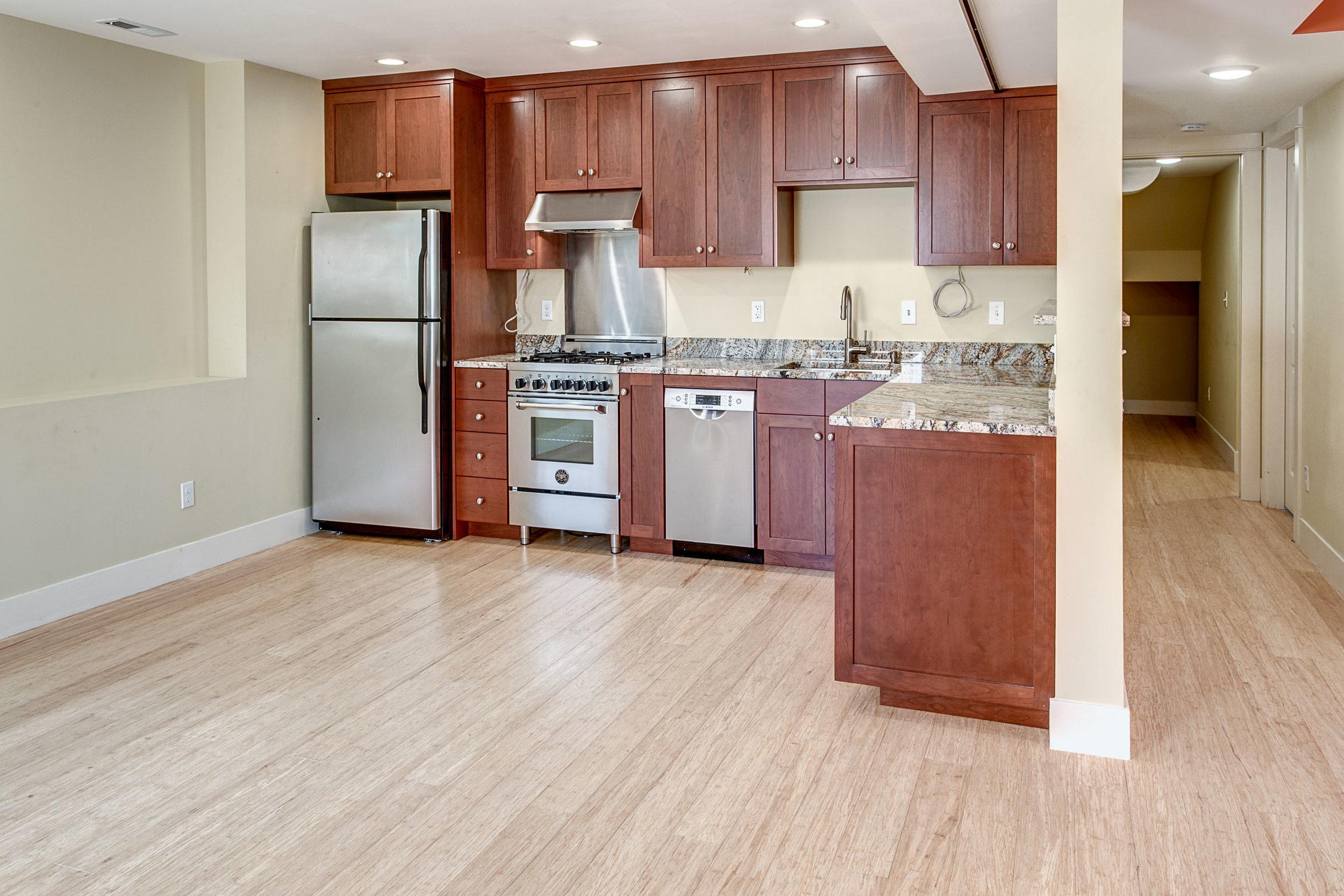 18-Apartment01.jpg