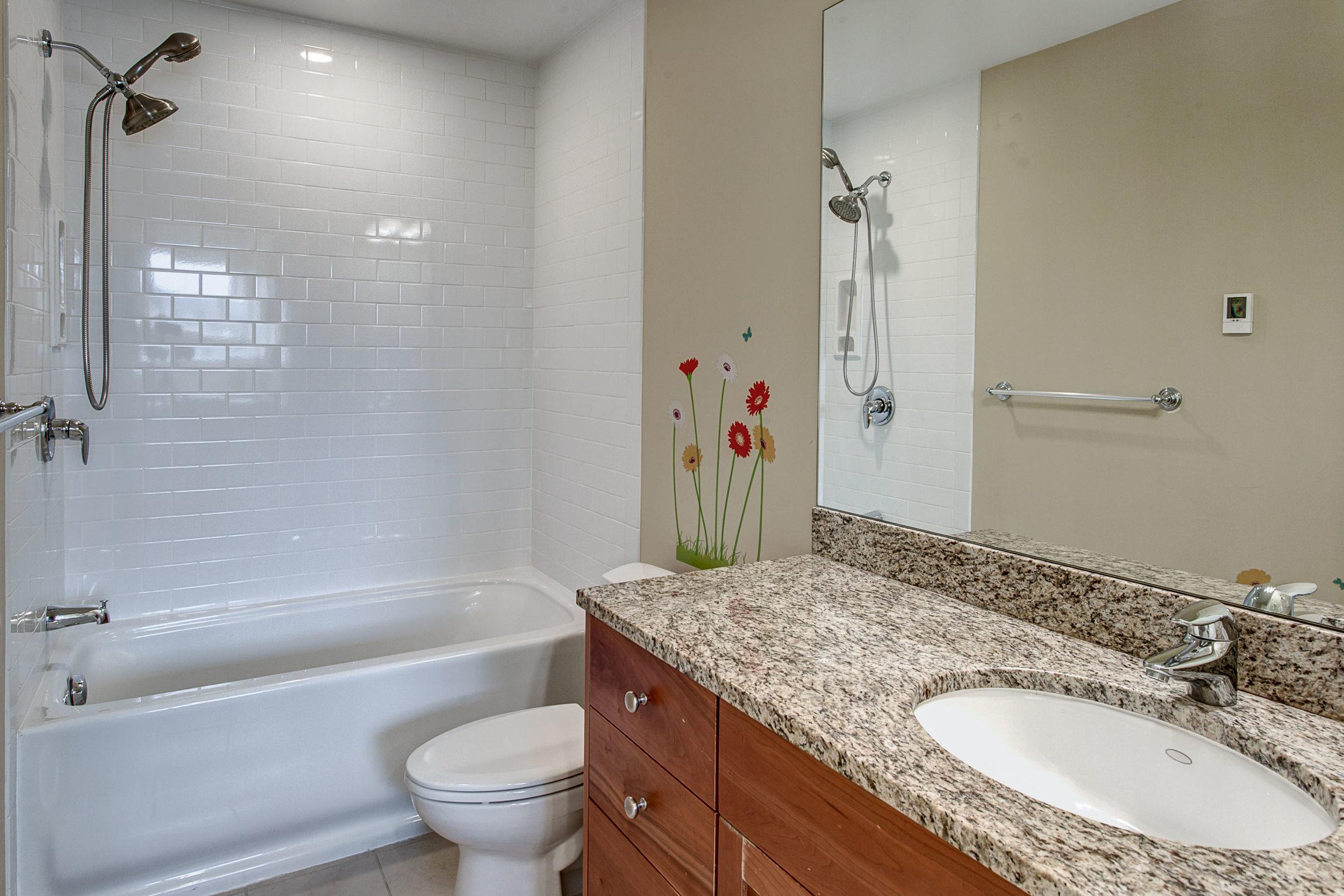 Bath02.jpg