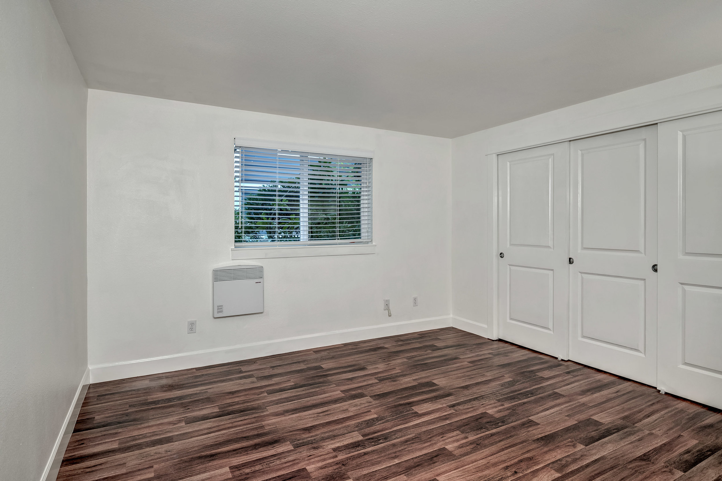 15-Bedroom01.jpg