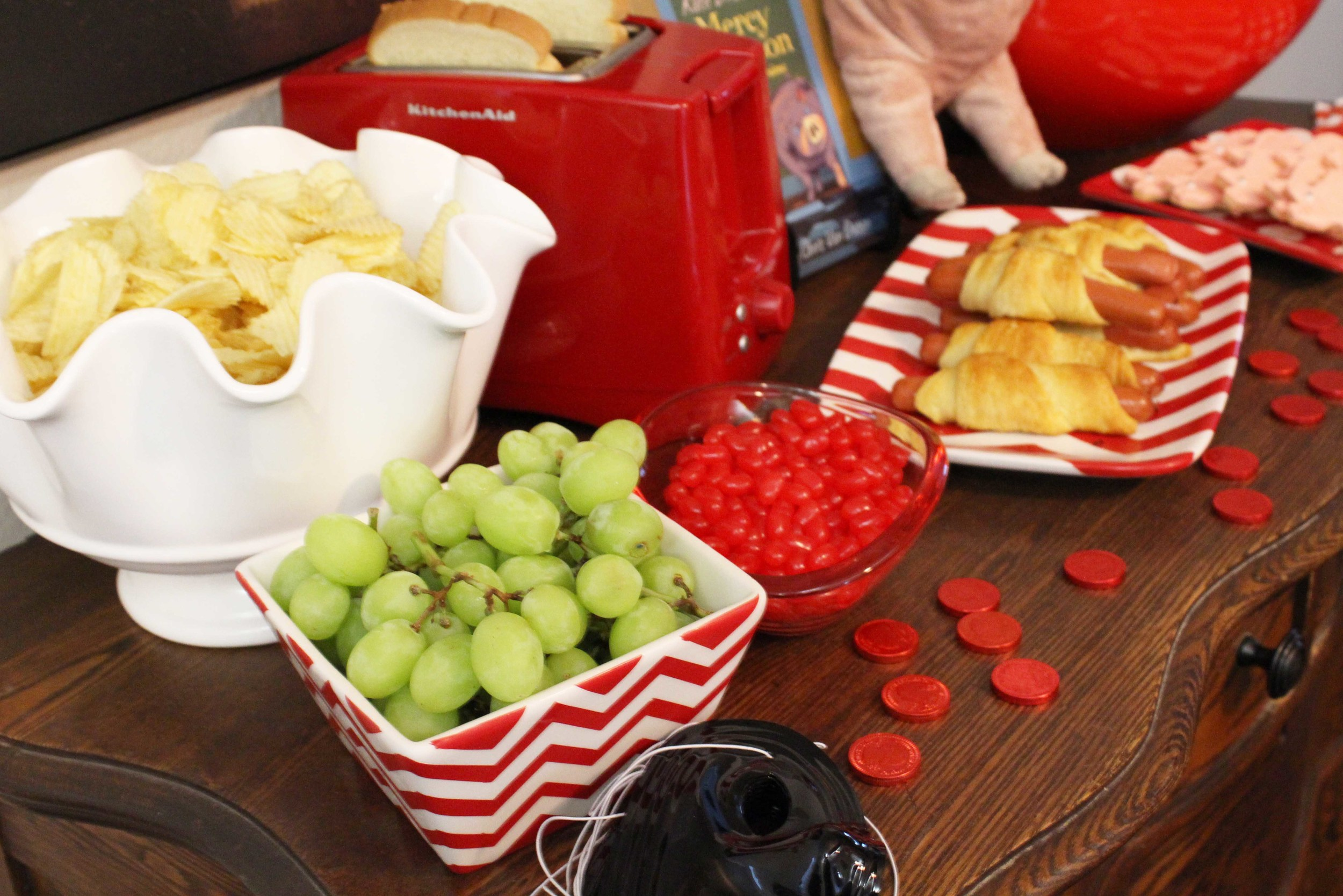 food table custom