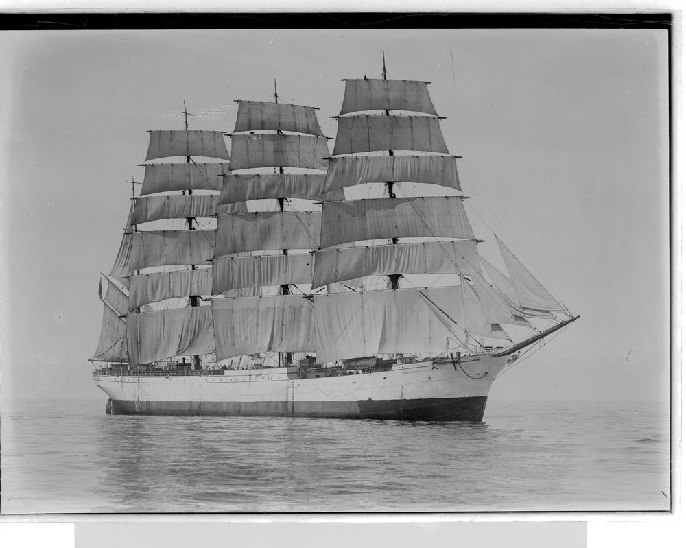 The  Herzogin Cecilie . Allan Green photographer c.a. 1900. Photo courtesy of the State Library of Victoria.