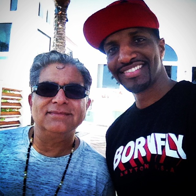 For the next three days I'll be rocking out with my good brother @DeepakChopra at @SagesScientists!! Tune in with us on    http://ustre.am/IdPX   ... #sas14 LETS GO!!
