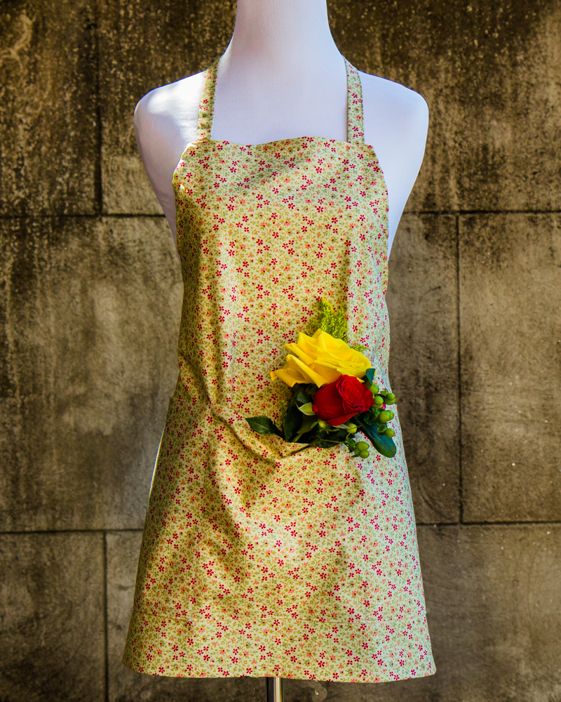 Garden Apron made out of Robyn Pandolph - Empress Woo Fabric - Made by For the Love of Pattern #loveofpattern www.loveofpattern.com