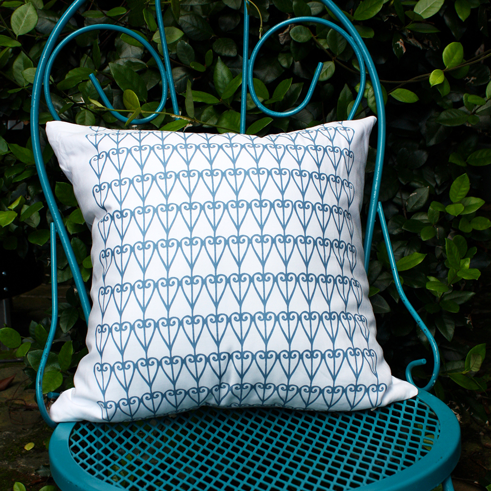 Heart Garden Pillow by For the Love of Pattern #loveofpattern www.loveofpattern.com