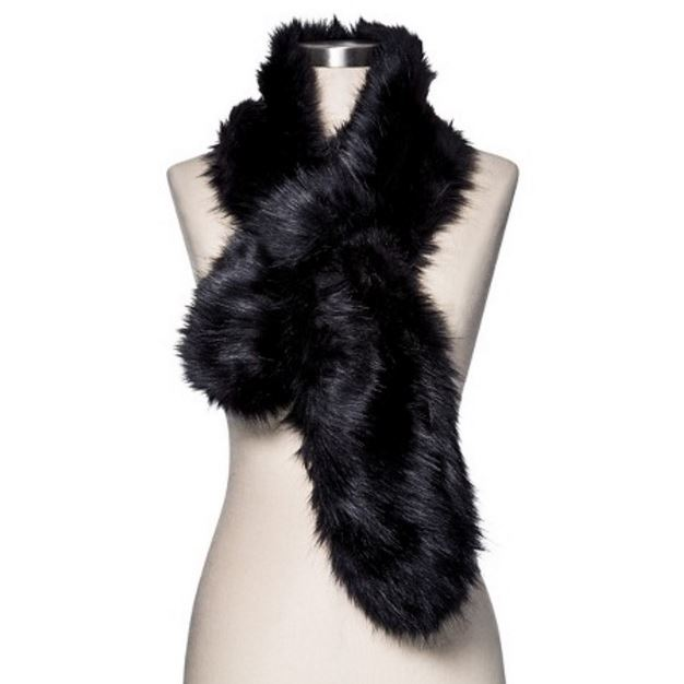Black Fur Scarf Minimal Style Daily