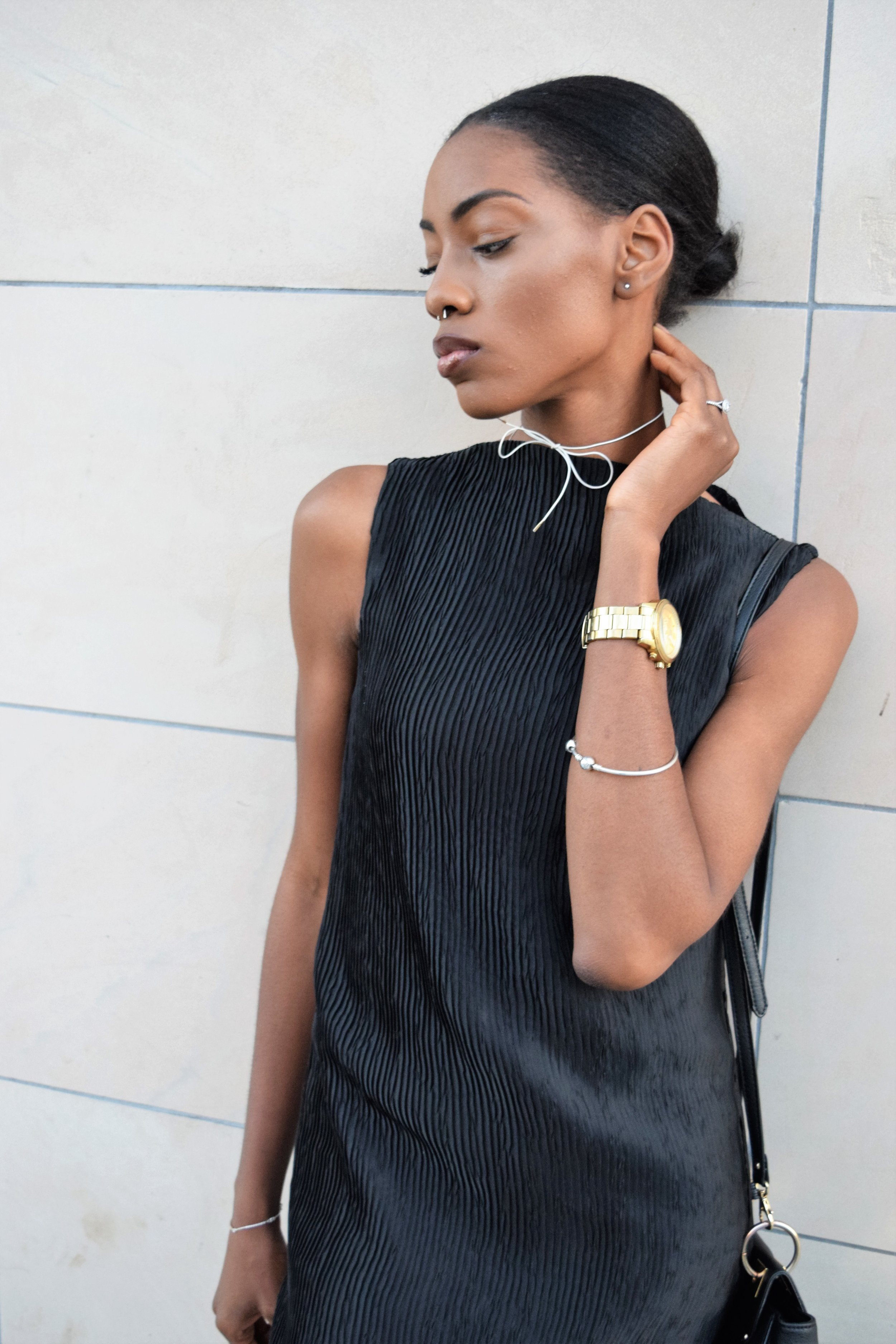 Minimal Style Daily Third Form Poppy Chain Designs