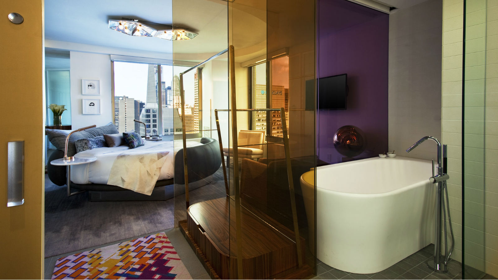 ExtremeWOWSuiteBedroom-Bathroom.jpg
