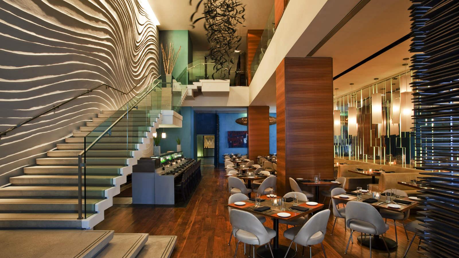 WNewYork-TimesSquare-BlueFinRestaurant3.jpg