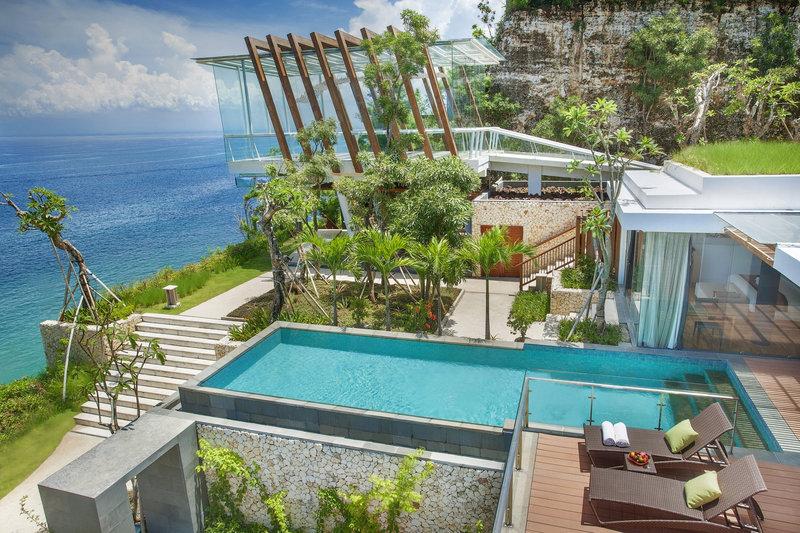 Three_Bedroom_Ocean_Front_Pool_Villa_exterior_P.jpg