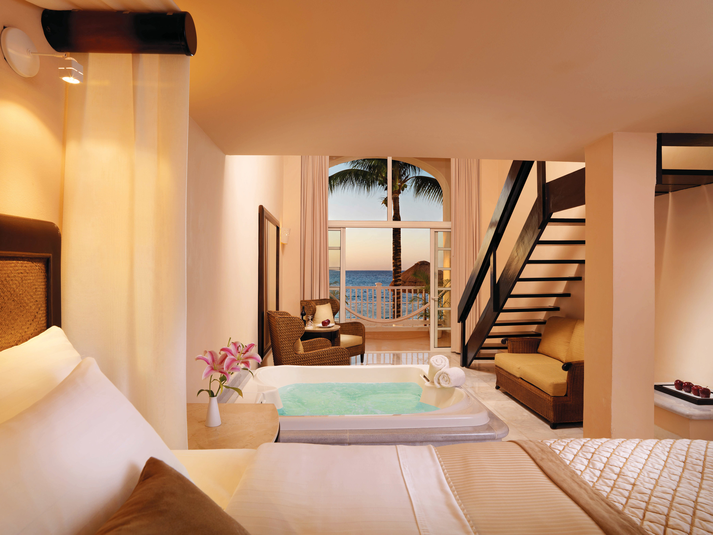 Image via   Palace Resorts