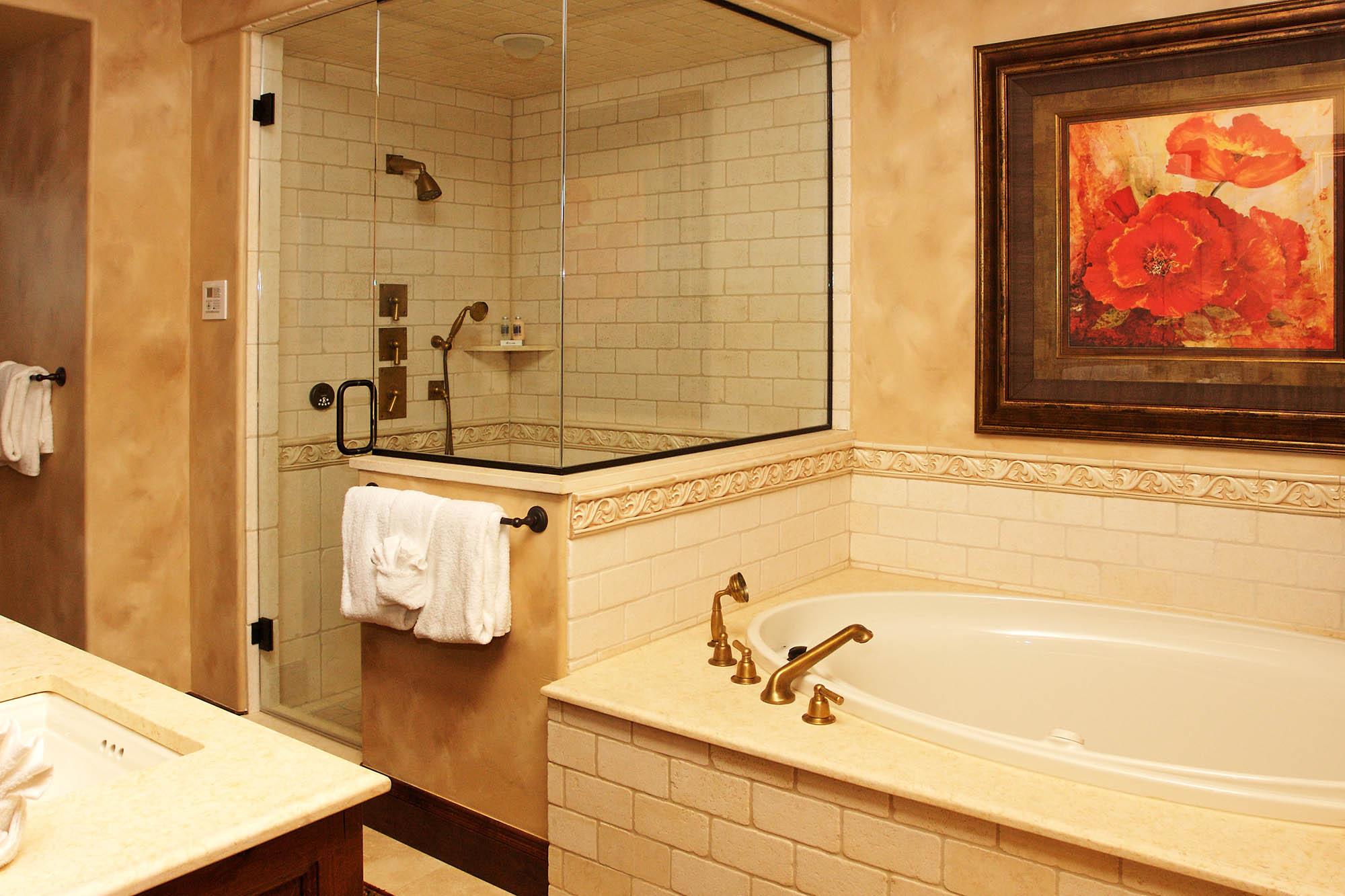15WesthavenBathroom.jpg