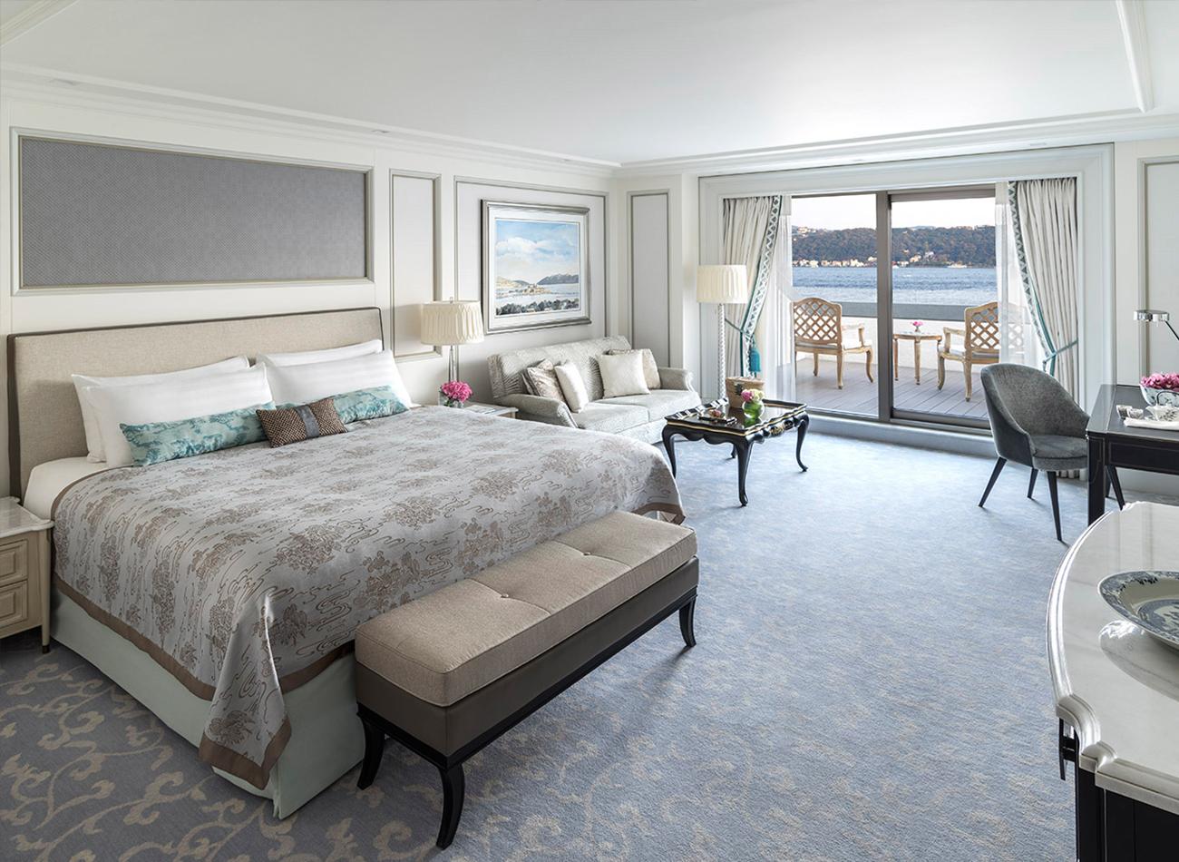 Grand Premier Bosphorus Room(1).jpg