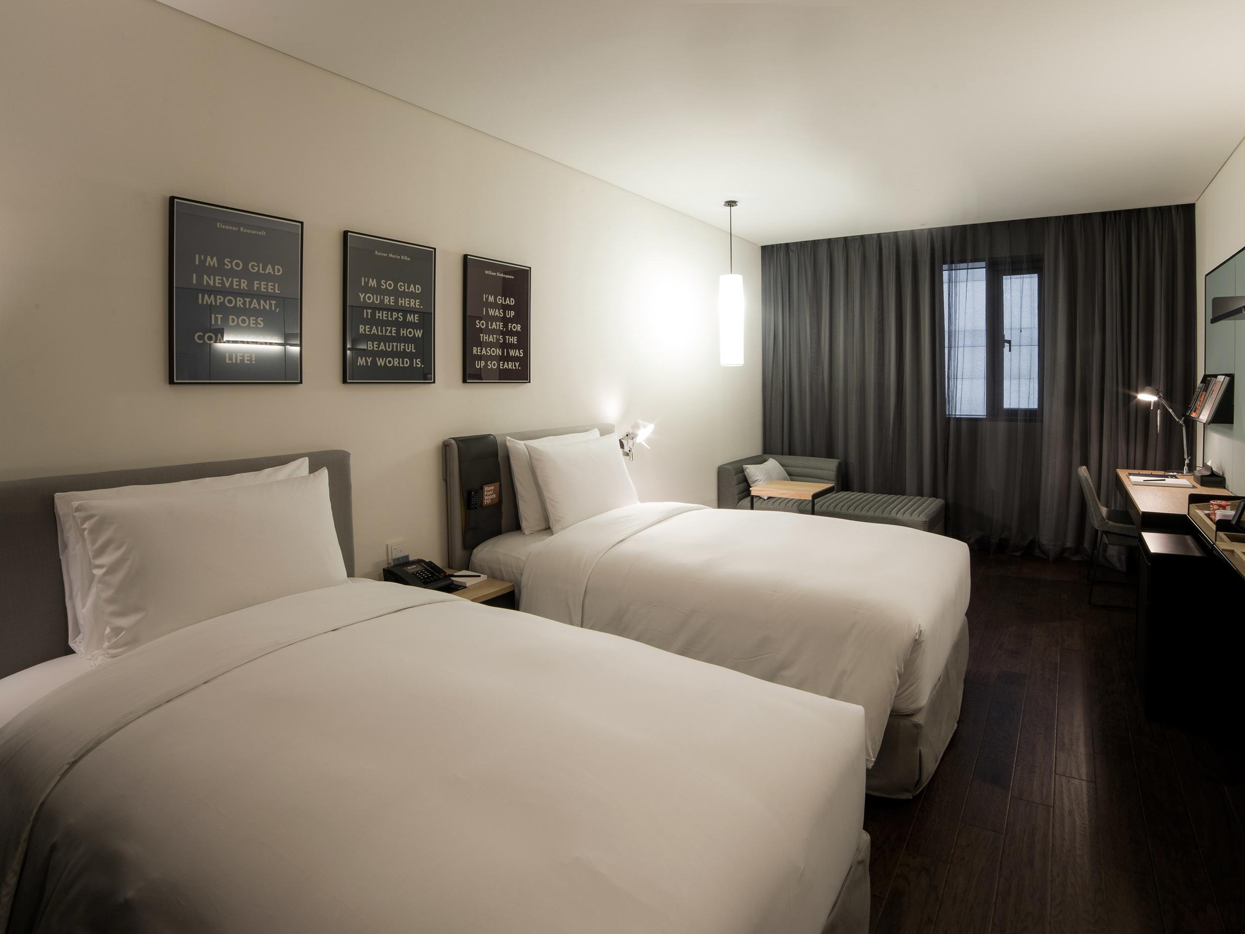 glad-hotel-yeuido-twin-room-R-r2-1.jpg