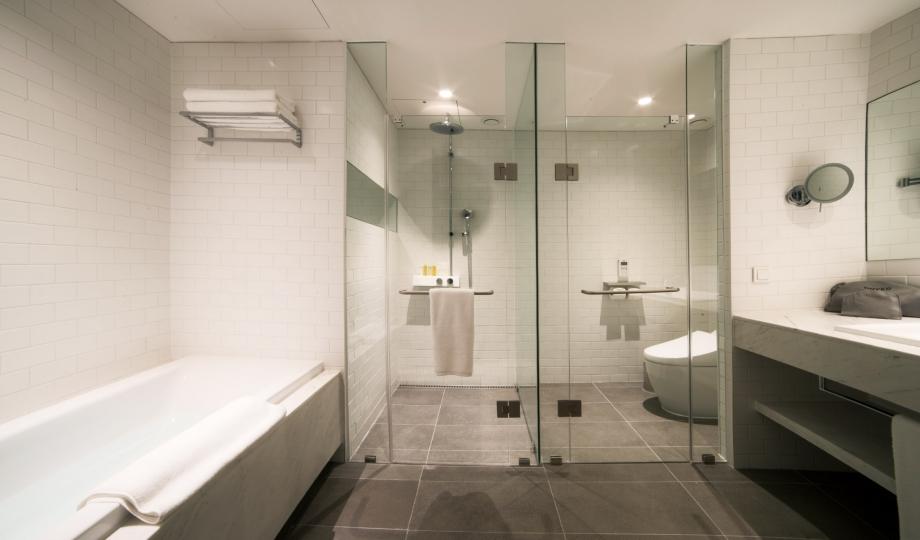 glad-hotel-yeouido-bathroom-M-07-r.jpg