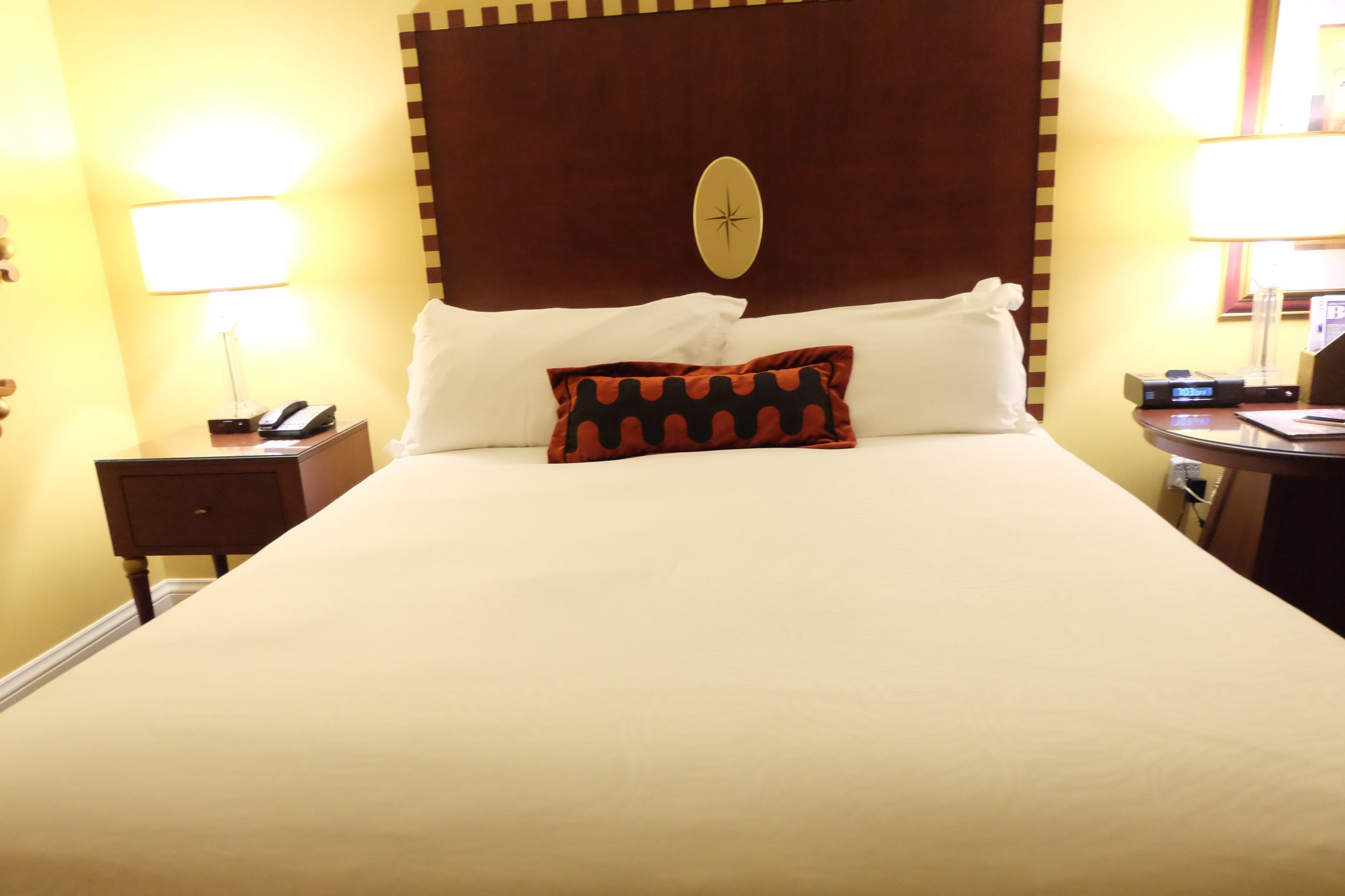 All I need when traveling is a comfortable bed and Marlowe Hotel delivered.