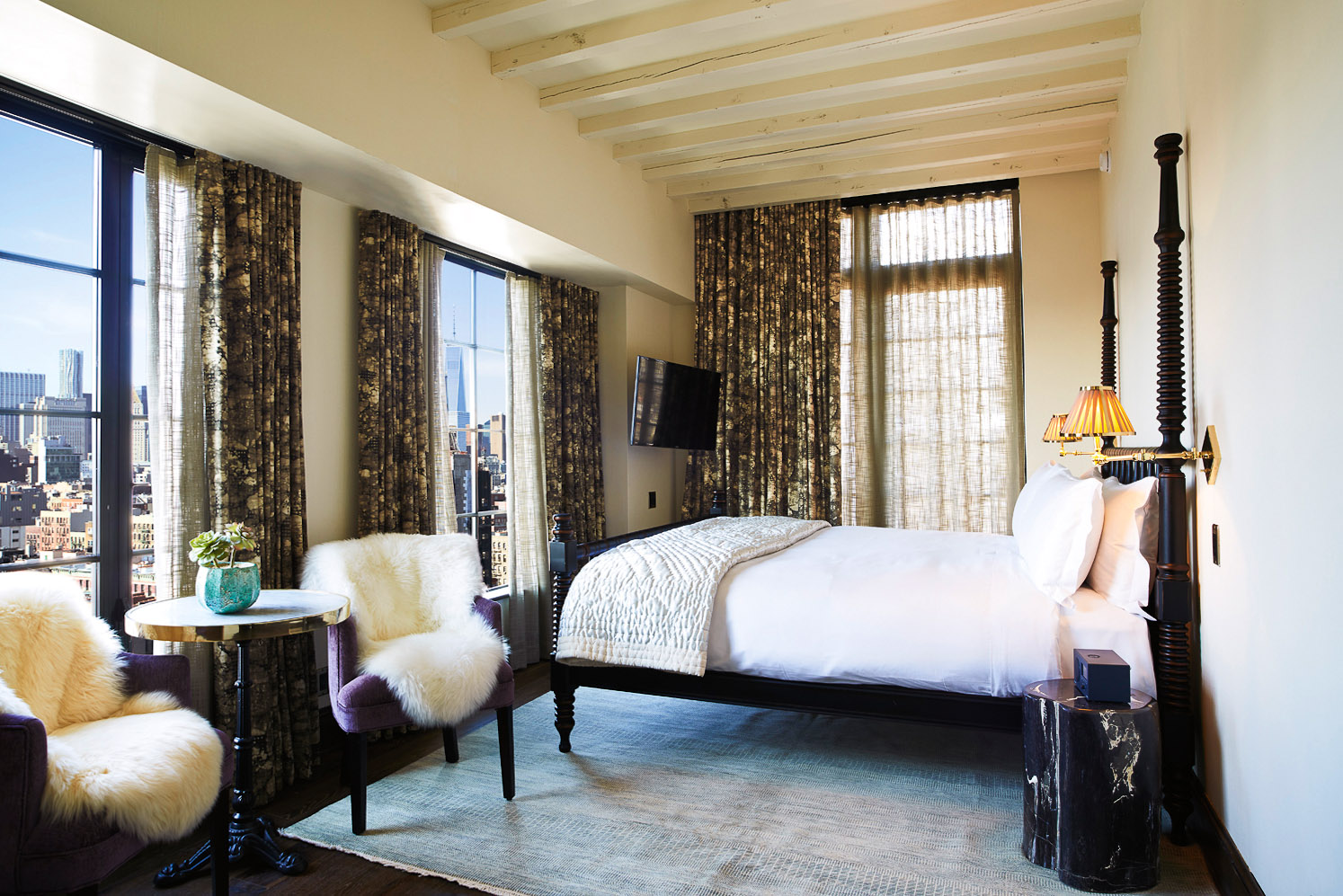 Ludlow Hotel - Chic boutique hotel with a loft-industrial vibe